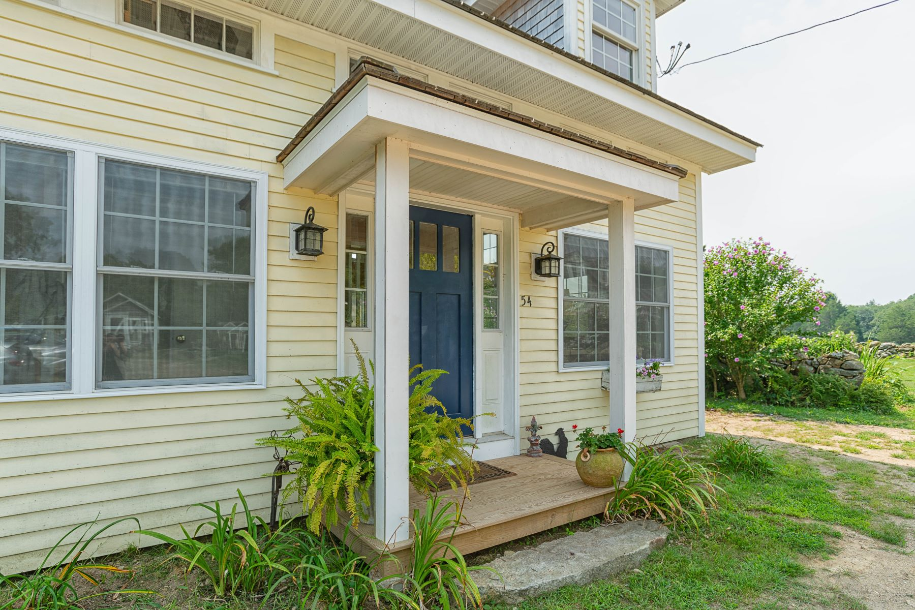 for Rent at 54 Metaterraine Avenue, South Kingstown, RI 54 Metaterraine Avenue South Kingstown, Rhode Island 02879 United States