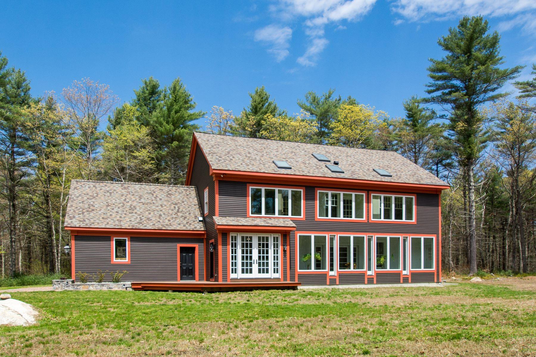 Single Family Homes للـ Sale في 12 Sanford Farm Rd., Exeter, RI Exeter, Rhode Island 02822 United States