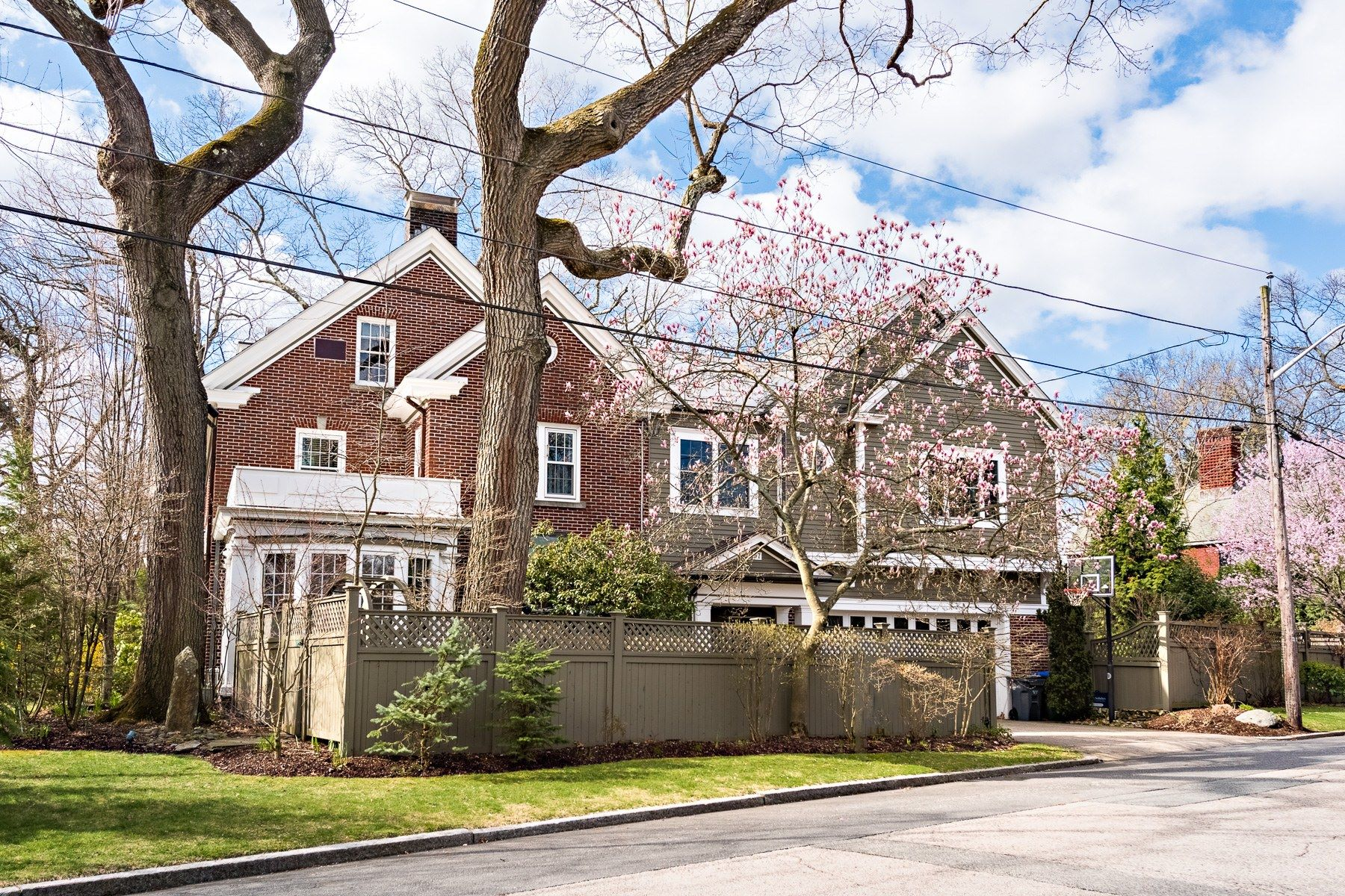 Additional photo for property listing at 97 Loring Avenue, East Side Of Providence, RI 97 Loring Avenue Providence, Rhode Island 02906 United States