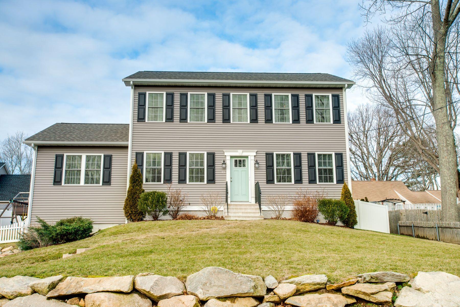 Single Family Homes のために 売買 アット 43 Oak View Drive, Cranston, RI Cranston, ロードアイランド 02921 アメリカ