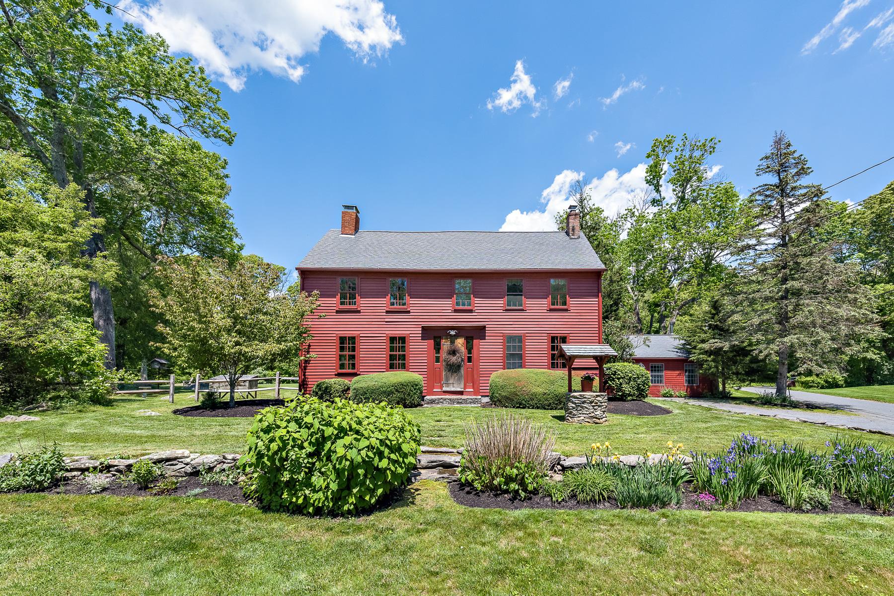 獨棟家庭住宅 為 出售 在 40 Maple Lane, Rehoboth, MA Rehoboth, 麻塞諸塞州, 02769 美國