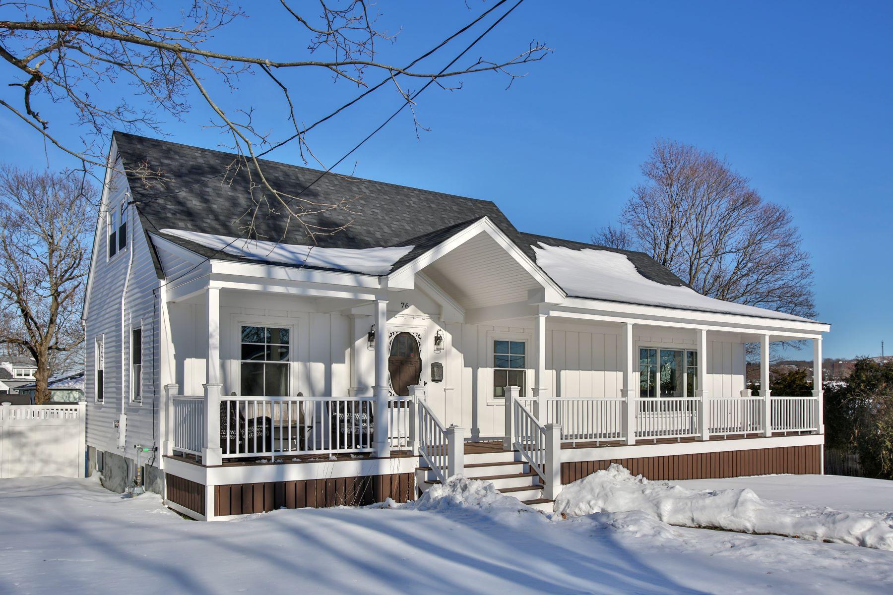 独户住宅 为 销售 在 76 Gay St, Somerset, MA Somerset, 马萨诸塞州, 02726 美国