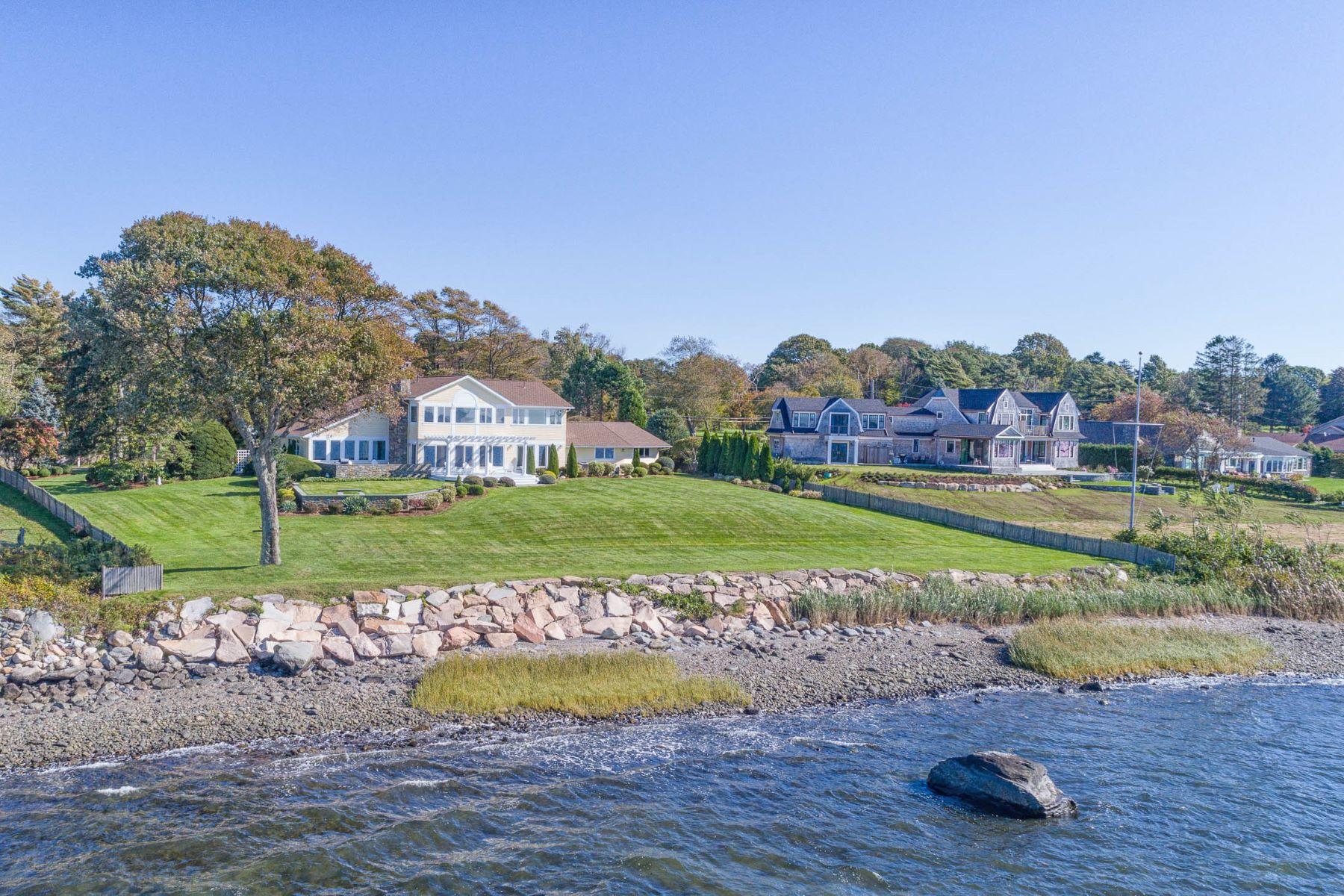 single family homes voor Verkoop op 216 Briarcliff Av, Warwick, RI Warwick, Rhode Island 02889 Verenigde Staten
