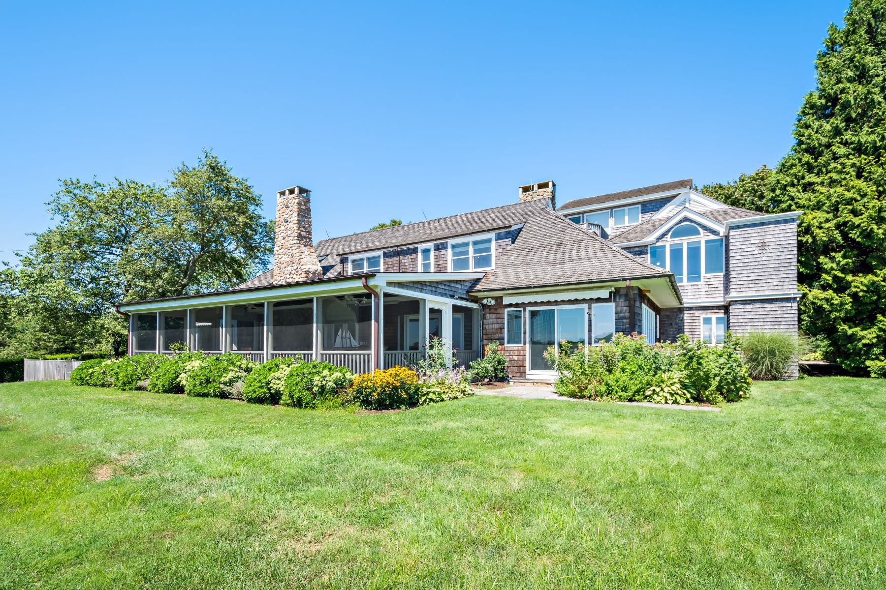 Single Family Homes for Sale at 7 Browning Road, Westerly, RI 7 Browning Road Westerly, Rhode Island 02891 United States