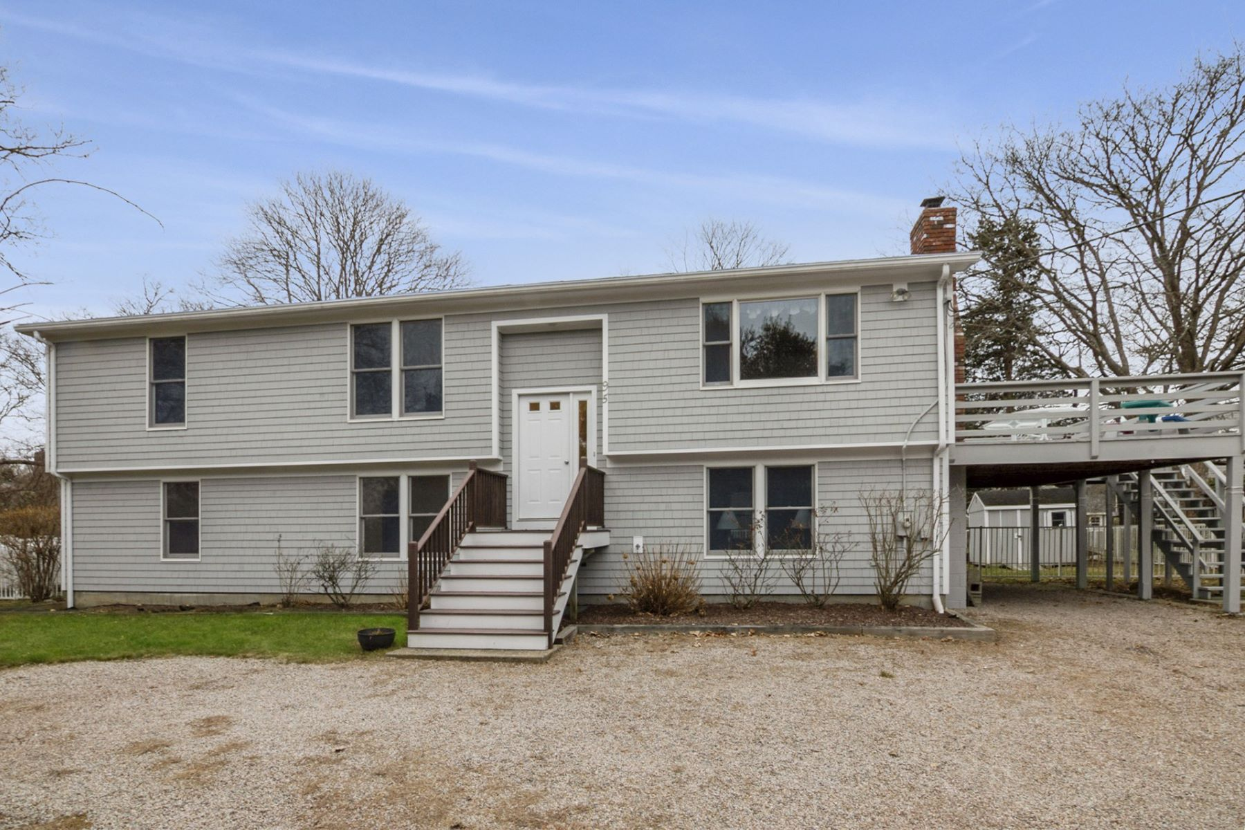 Single Family Homes for Sale at 95 Twin Peninsula Avenue, South Kingstown, RI 95 Twin Peninsula Avenue South Kingstown, Rhode Island 02879 United States