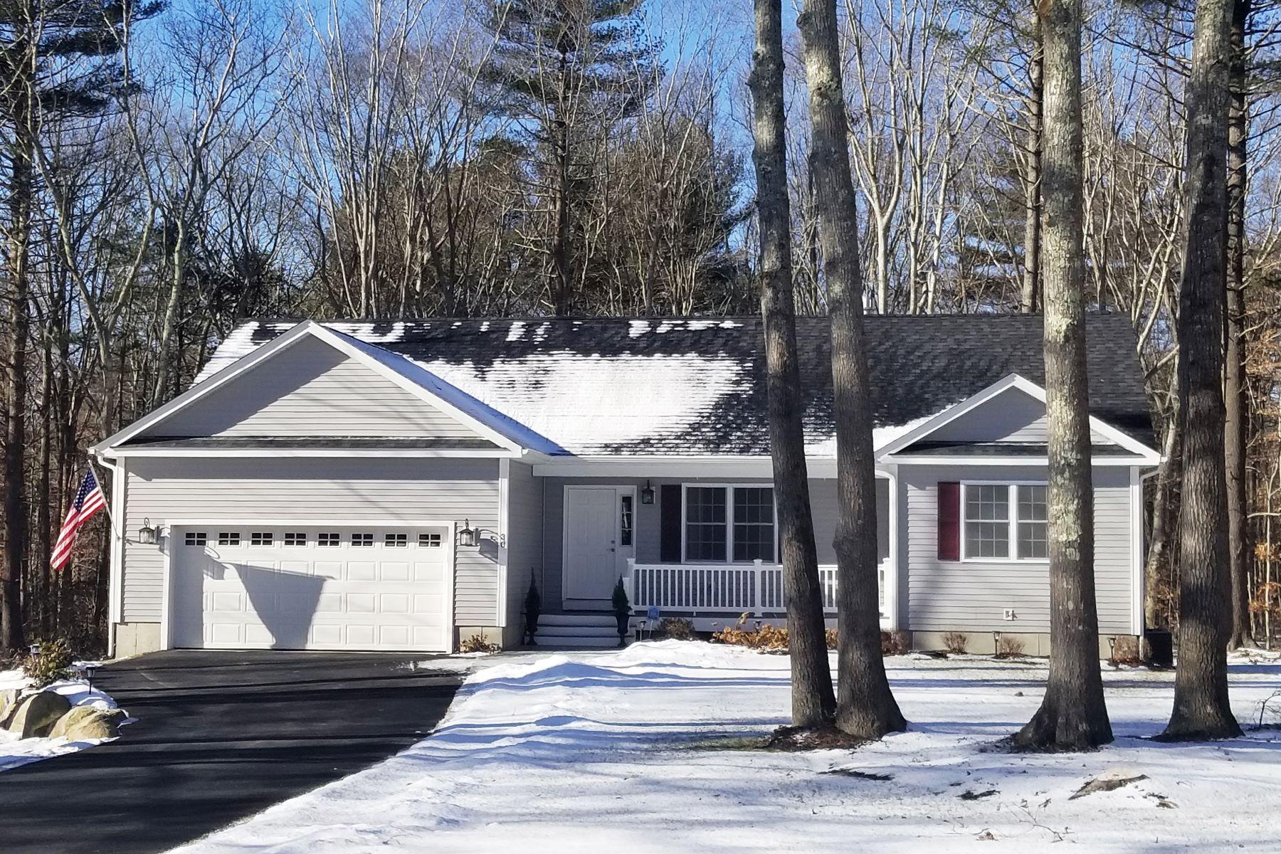 واحد منزل الأسرة للـ Sale في 9 Botka Woods Dr, Charlestown, RI 9 Botka Woods Dr Charlestown, Rhode Island 02813 United States