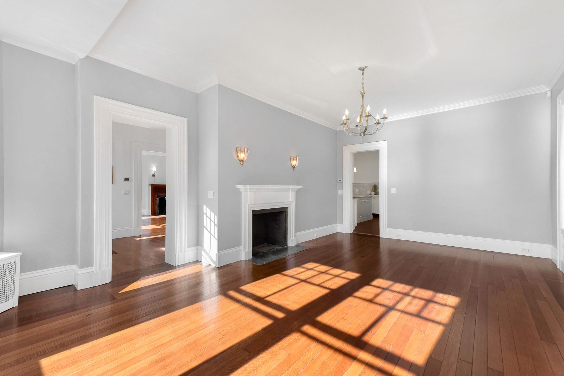 Additional photo for property listing at 6 Olive Street, East Side Of Providence, RI 6 Olive Street Providence, Rhode Island 02906 United States