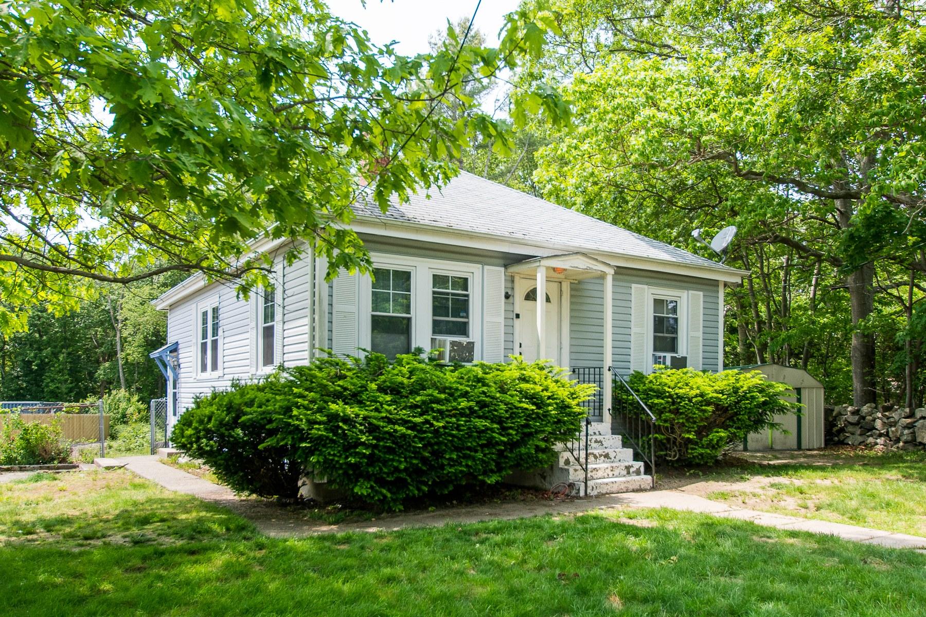 Single Family Homes للـ Sale في 199 Stafford Rd., Tiverton, RI Tiverton, Rhode Island 02878 United States