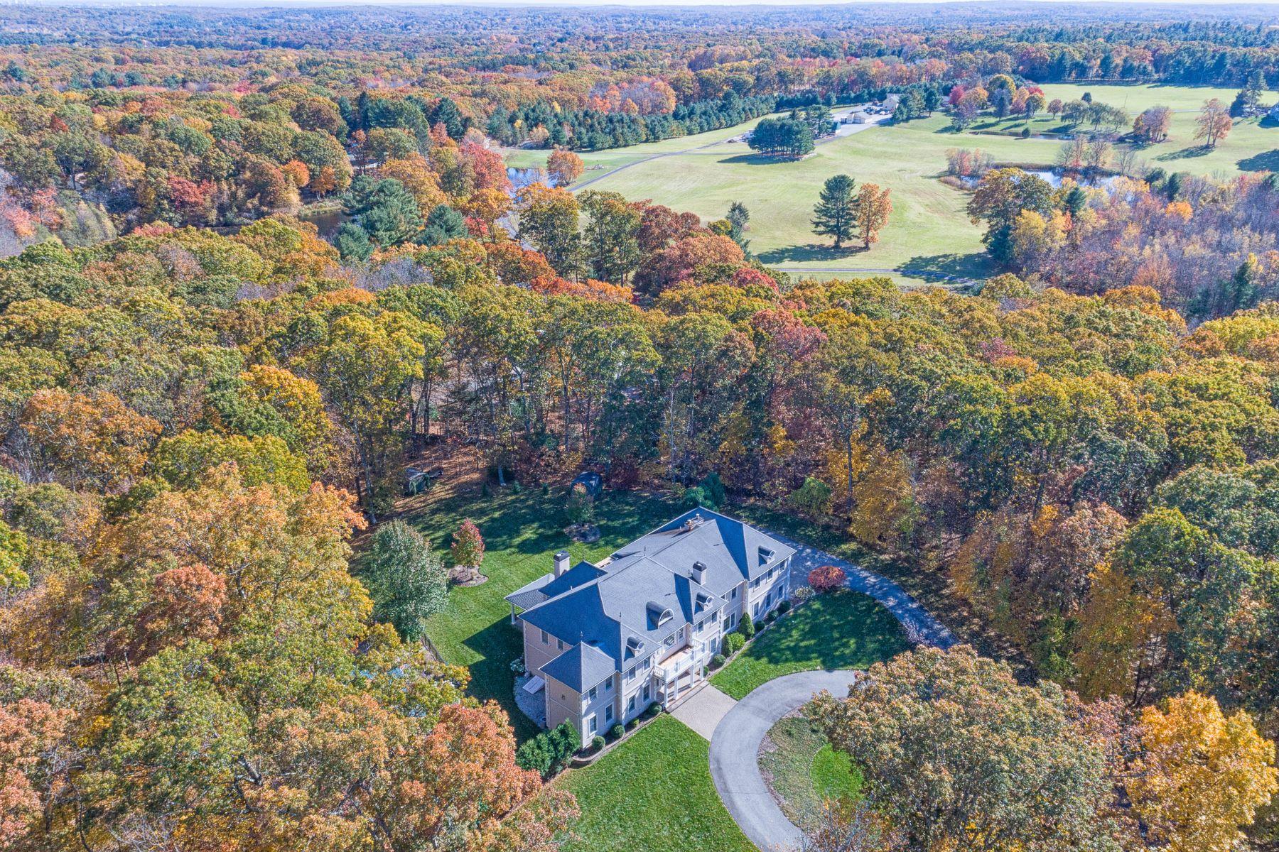Single Family Homes por un Venta en 6 Mckenzie Drive, Smithfield, RI 6 Mckenzie Drive Smithfield, Rhode Island 02828 Estados Unidos