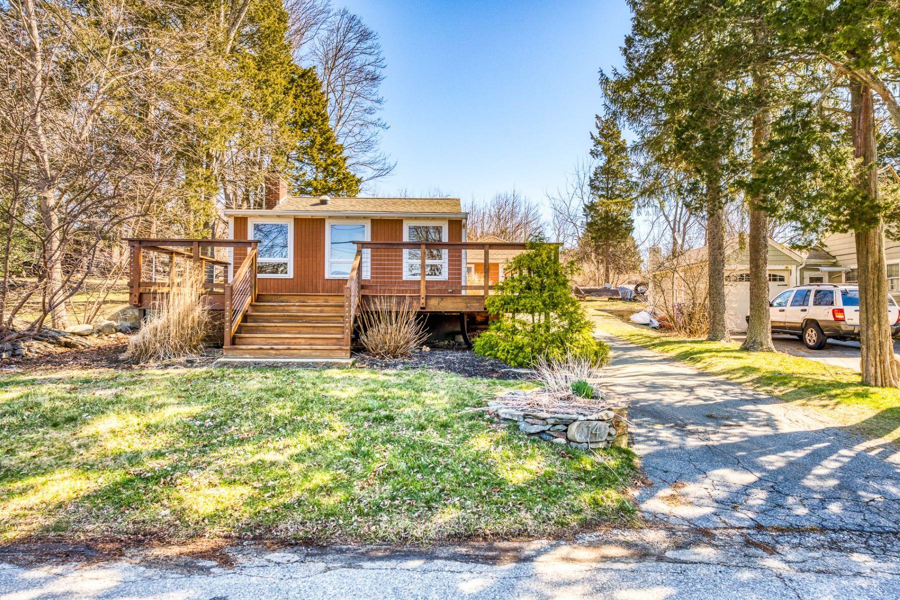 Single Family Homes for Sale at 14 Shore Drive, Warren, RI 14 Shore Drive Warren, Rhode Island 02885 United States