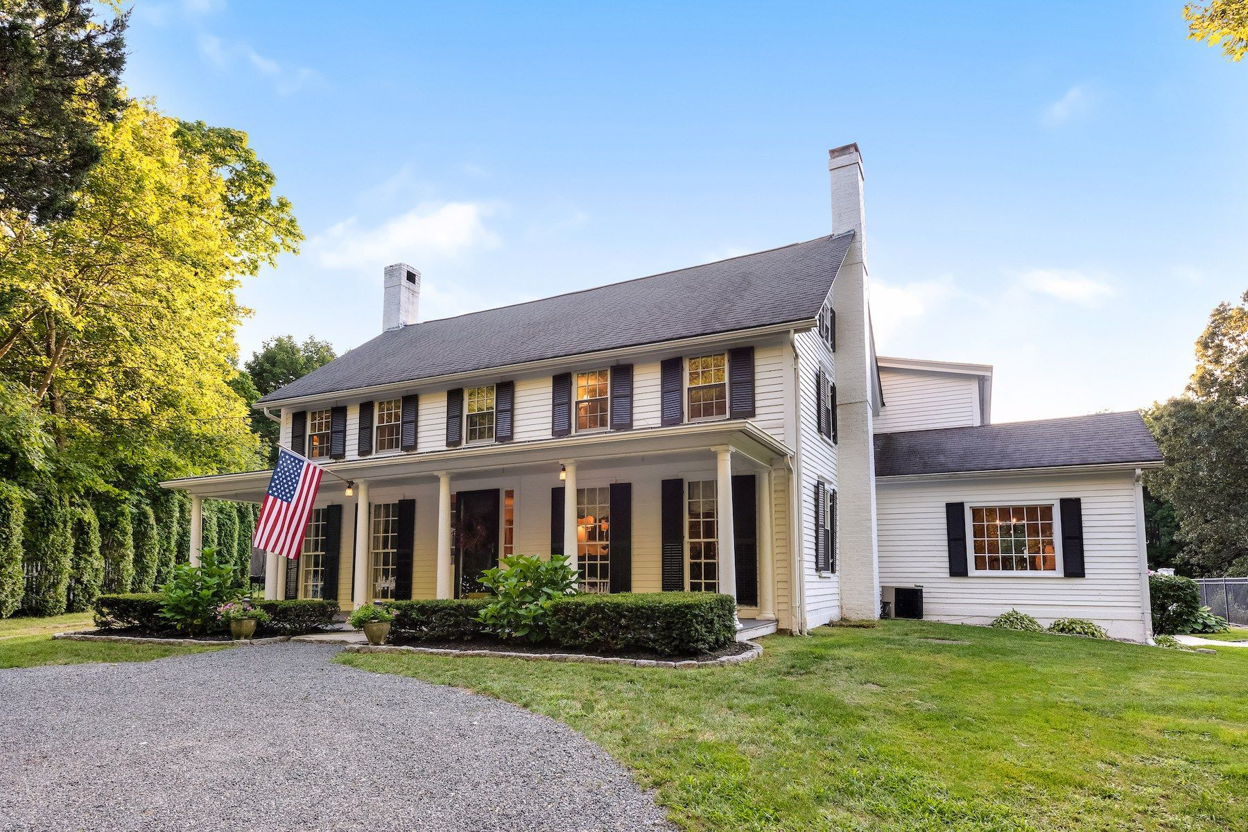 Single Family Homes for Sale at 809 Pound Hill Road, North Smithfield, RI 809 Pound Hill Road North Smithfield, Rhode Island 02896 United States