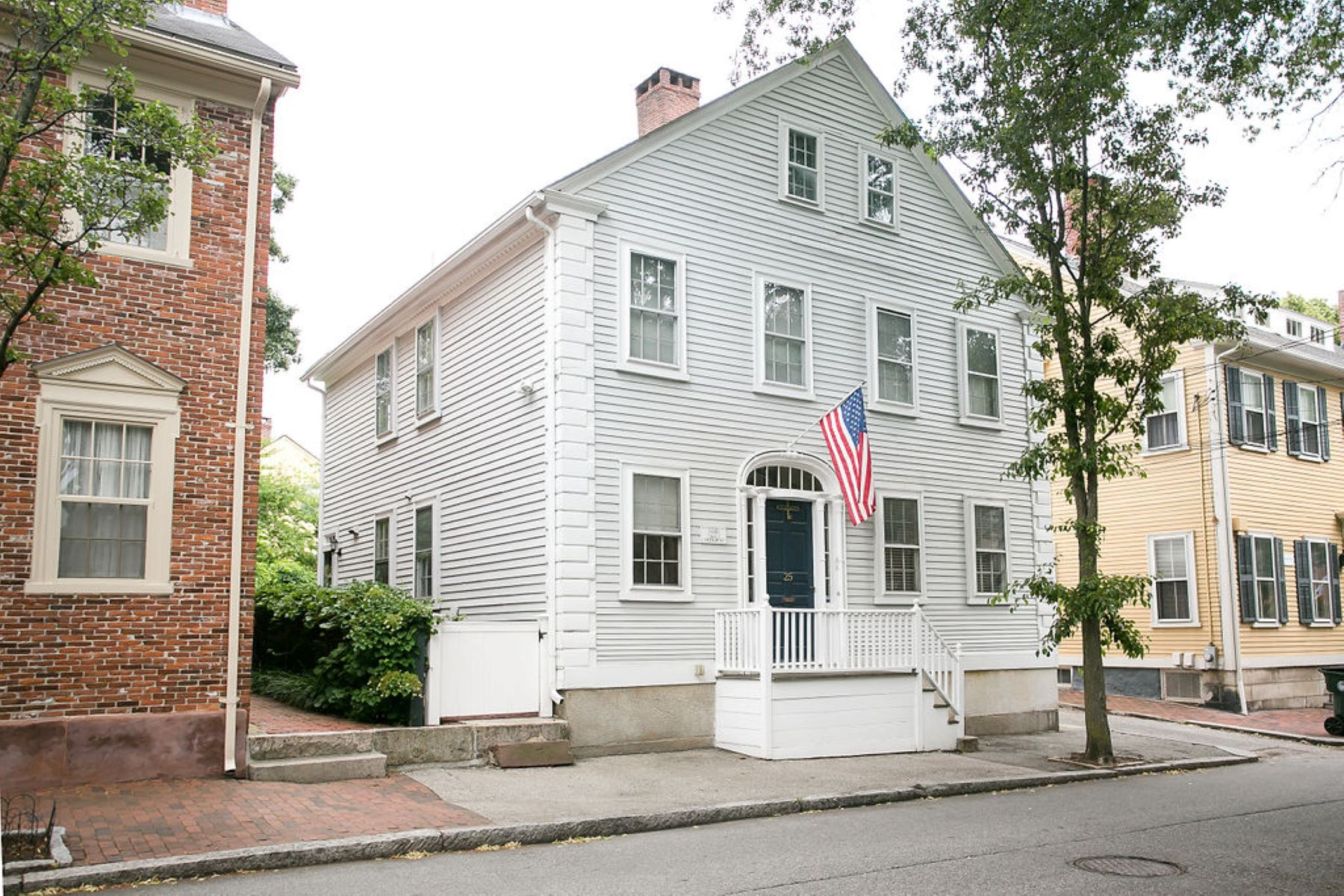 Condominiums for Sale at 25 Arnold Street, #1, East Side Of Providence, RI 25 Arnold Street, 1 Providence, Rhode Island 02906 United States