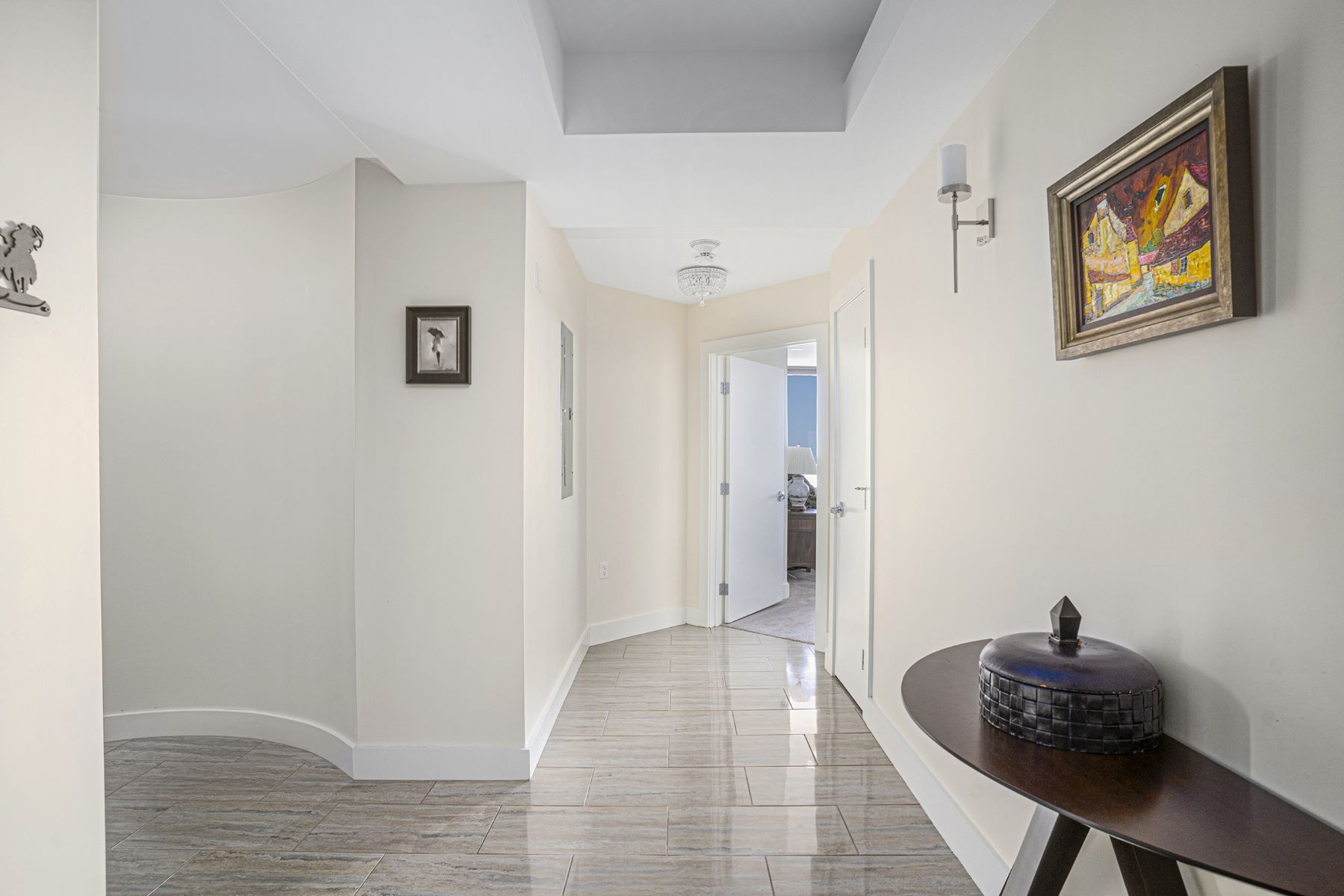Additional photo for property listing at 1 West Exchange Street, #1807, Providence, RI 1 West Exchange Street 1807 Providence, Rhode Island 02903 United States