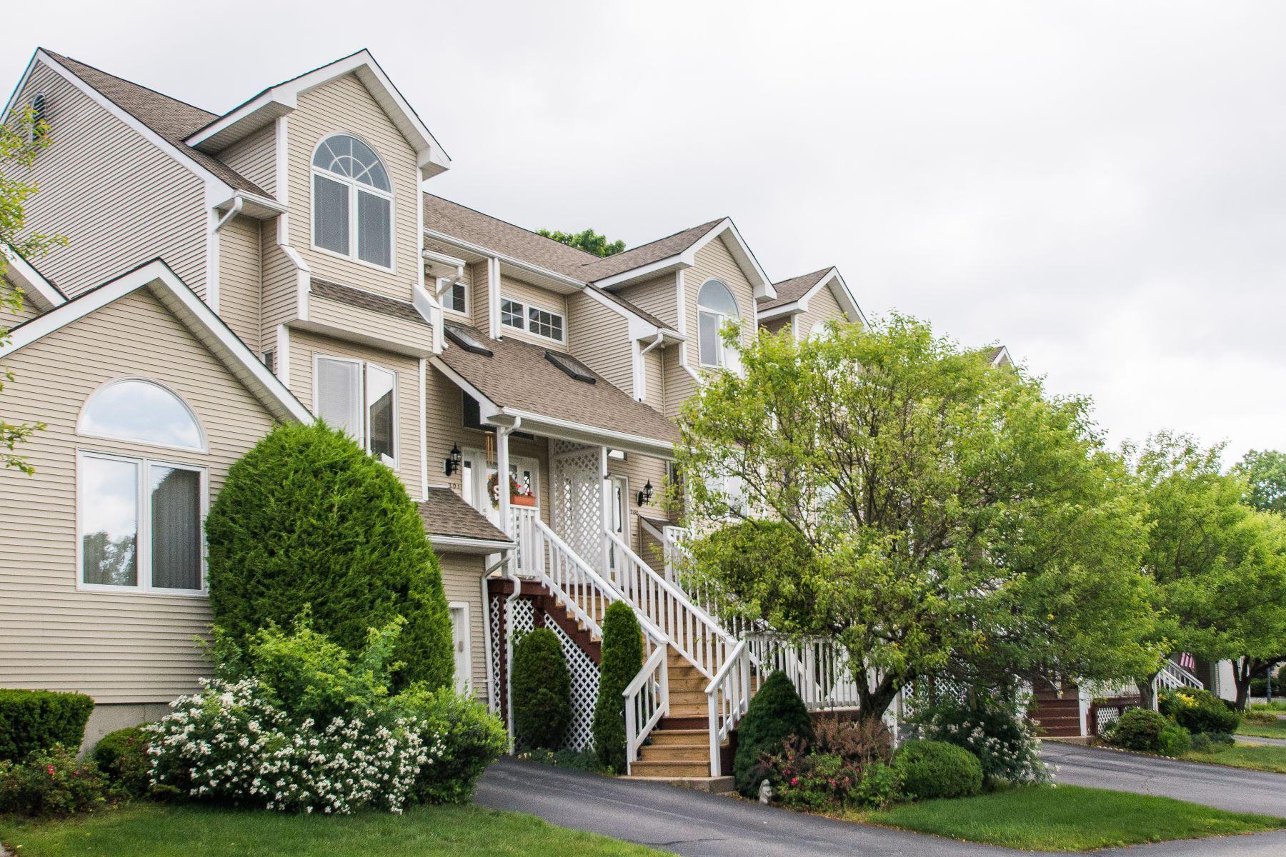 Condominiums για την Πώληση στο 200 River Farms Dr., West Warwick, RI West Warwick, Ροουντ Αϊλαντ 02893 Ηνωμένες Πολιτείες