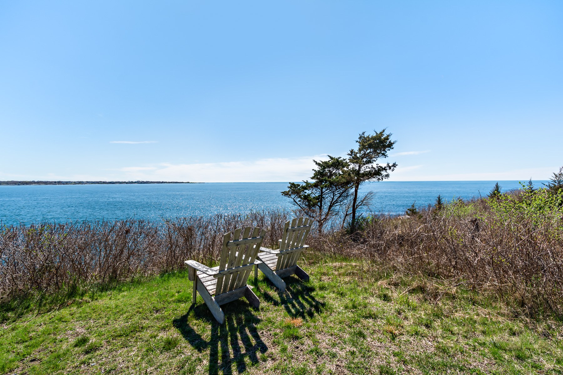 Additional photo for property listing at 597 Beavertail Road, Jamestown, RI 597 Beavertail Road Jamestown, Rhode Island 02835 United States