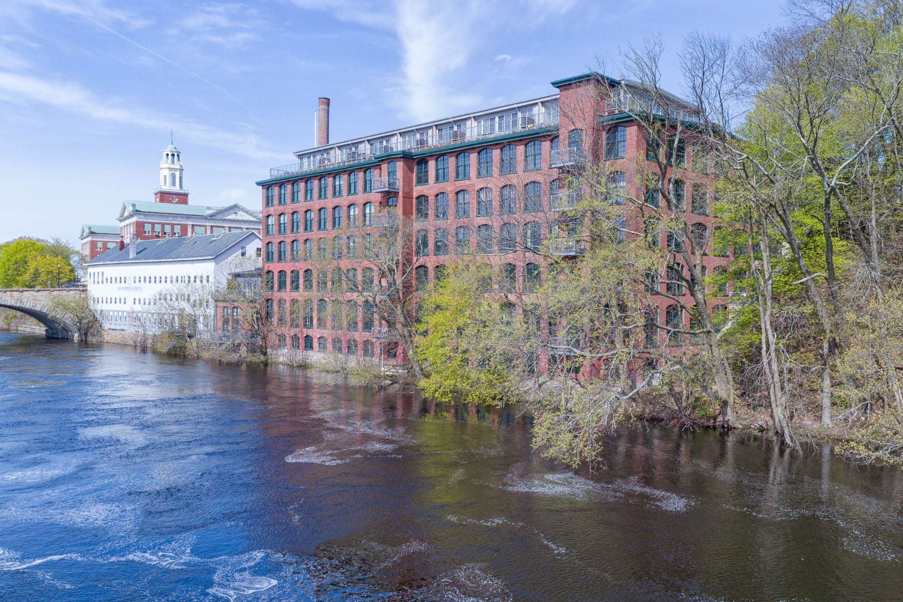 Condominiums for Sale at 10 Exchange Court, #604, Pawtucket, RI 10 Exchange Court 604, Pawtucket, Rhode Island 02860 United States