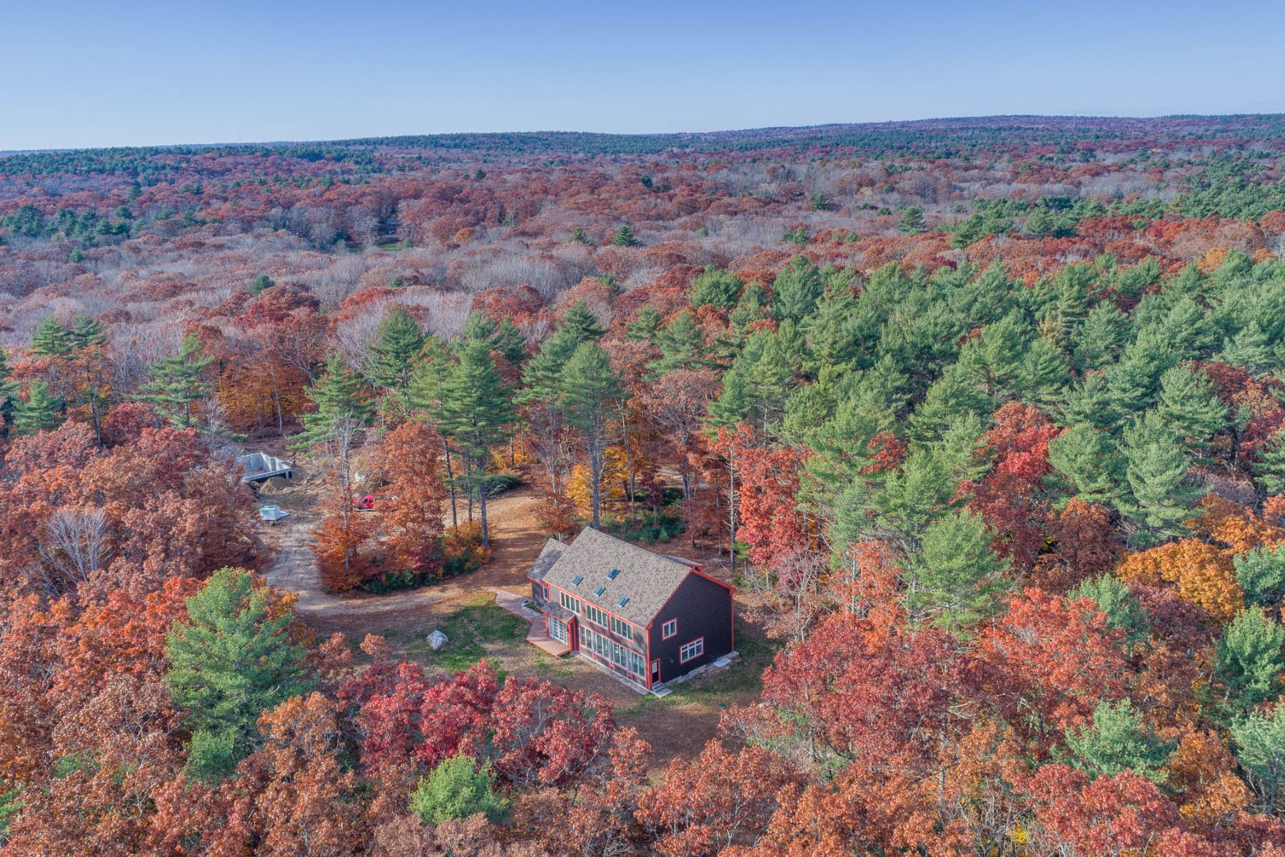 Single Family Homes for Sale at 12 Sanford Farm Rd., Exeter, RI 12 Sanford Farm Rd. Exeter, Rhode Island 02822 United States