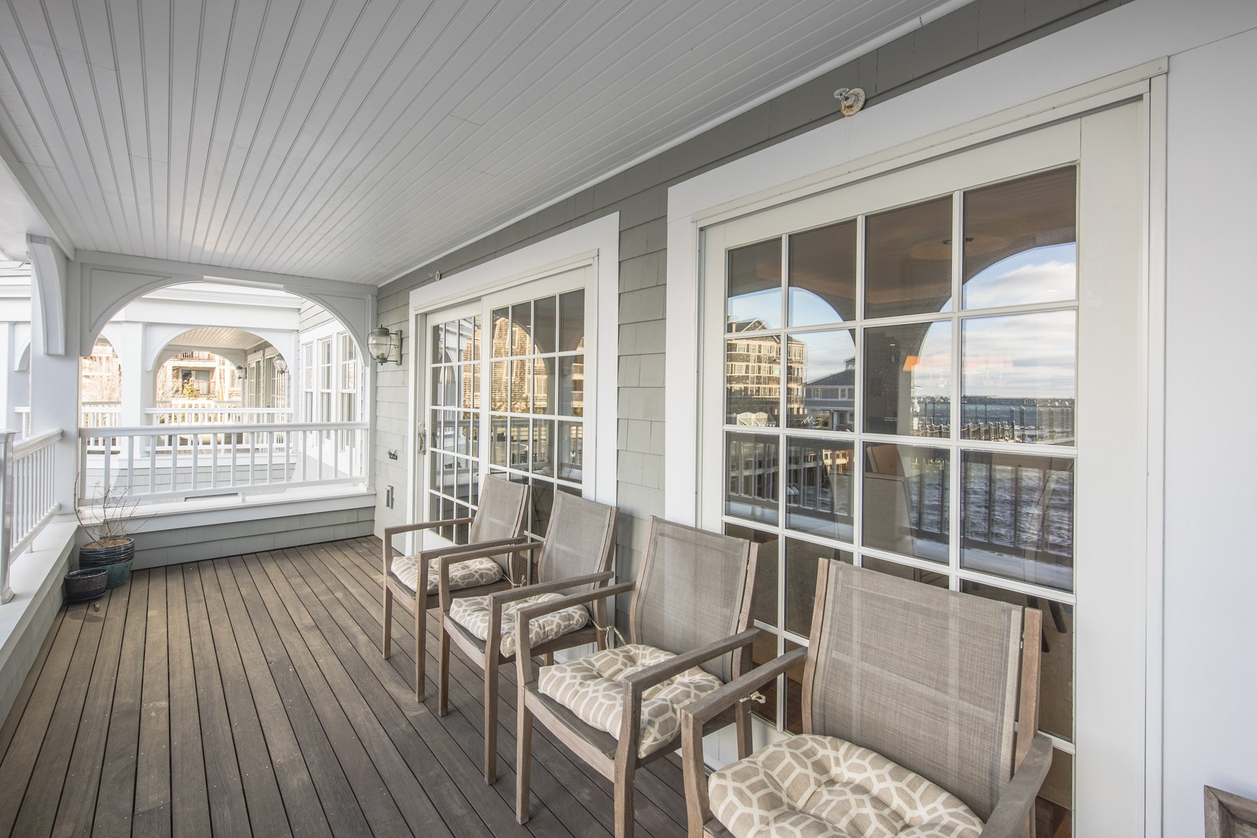 Additional photo for property listing at 24 Brown And Howard Wharf, #301, Newport, RI 24 Brown And Howard Wharf 301 Newport, Rhode Island 02840 United States