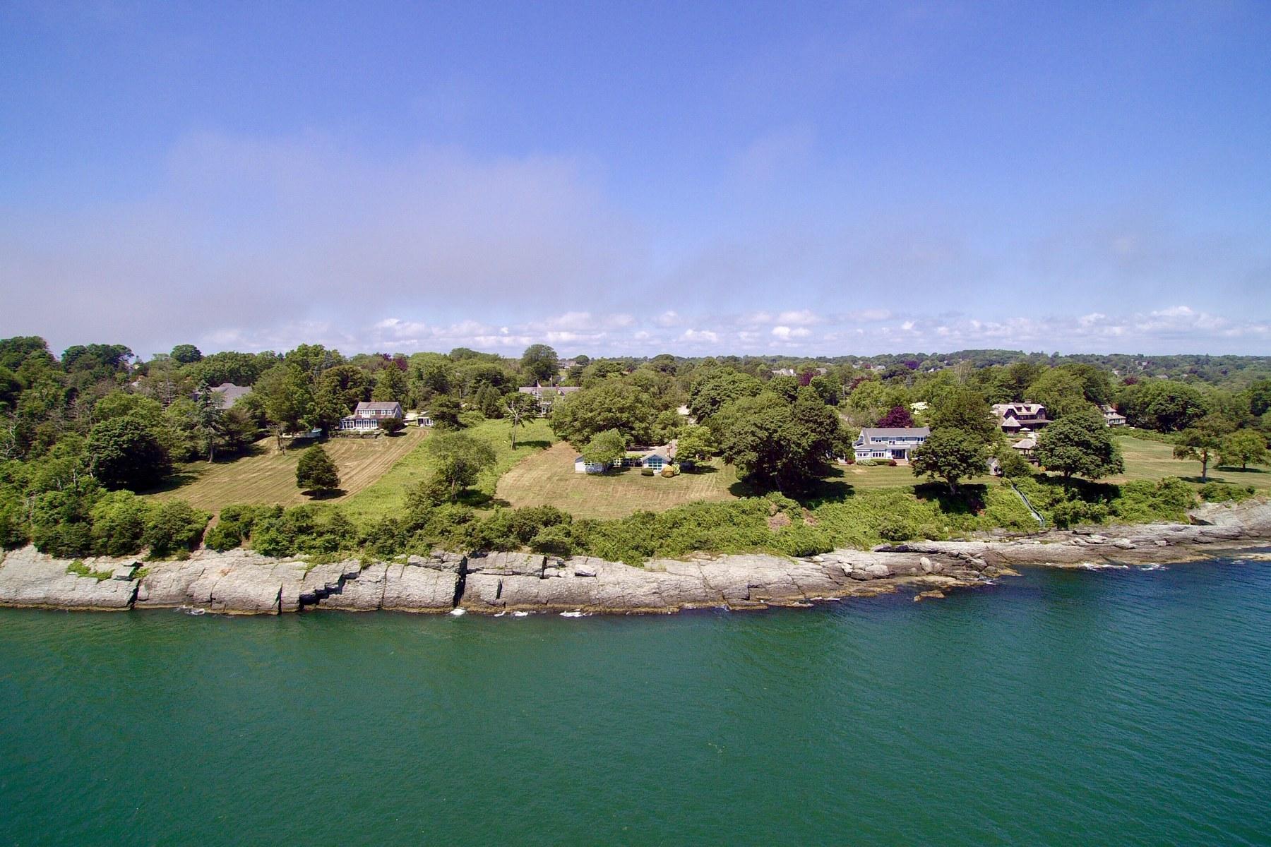 Eensgezinswoning voor Verkoop op 315 Indian Av, Middletown, RI Middletown, Rhode Island 02842 Verenigde Staten