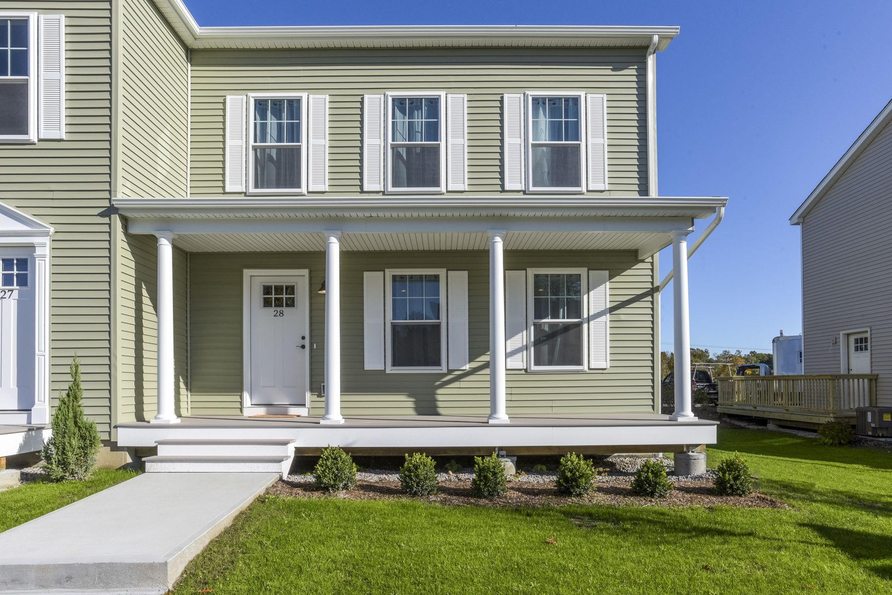 Condominiums 为 销售 在 48 Prospect Street, #27, Stonington, CT 48 Prospect Street 27 斯通宁顿, 康涅狄格州 06379 美国