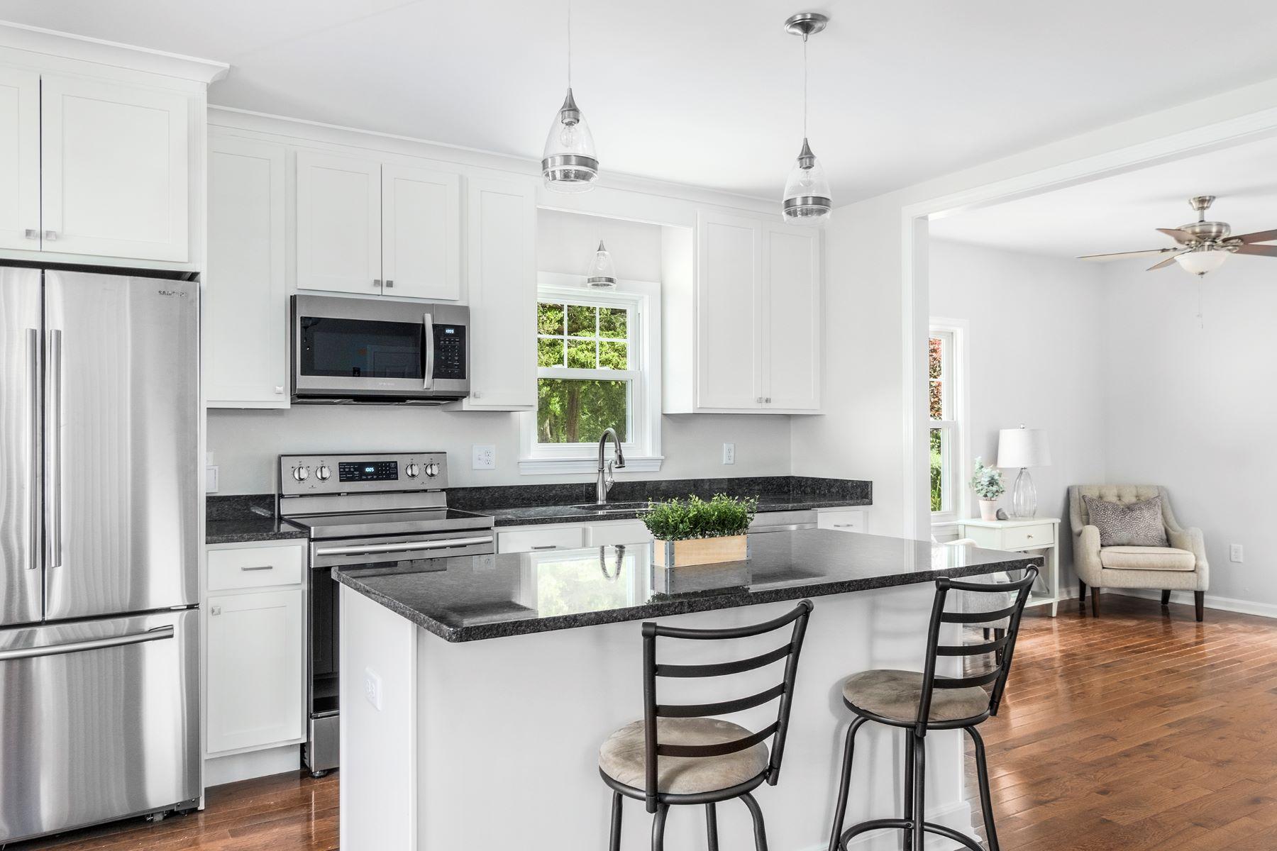 Single Family Homes por un Venta en 39 Long Lane, Warren, RI 39 Long Lane Warren, Rhode Island 02885 Estados Unidos
