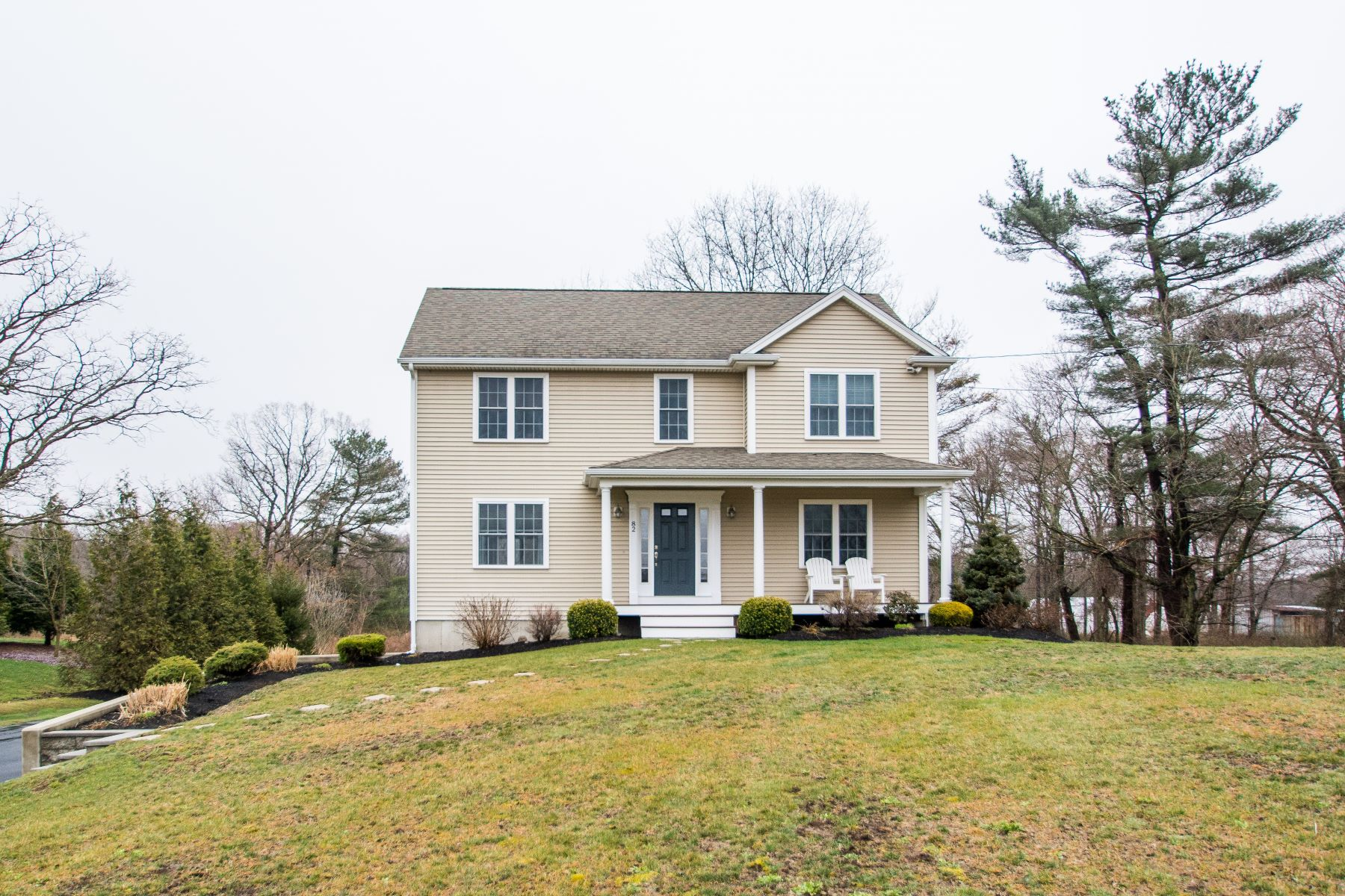 Single Family Homes for Active at 82 Almeida Rd., Rehoboth, MA 82 Almeida Rd. Rehoboth, Massachusetts 02769 United States