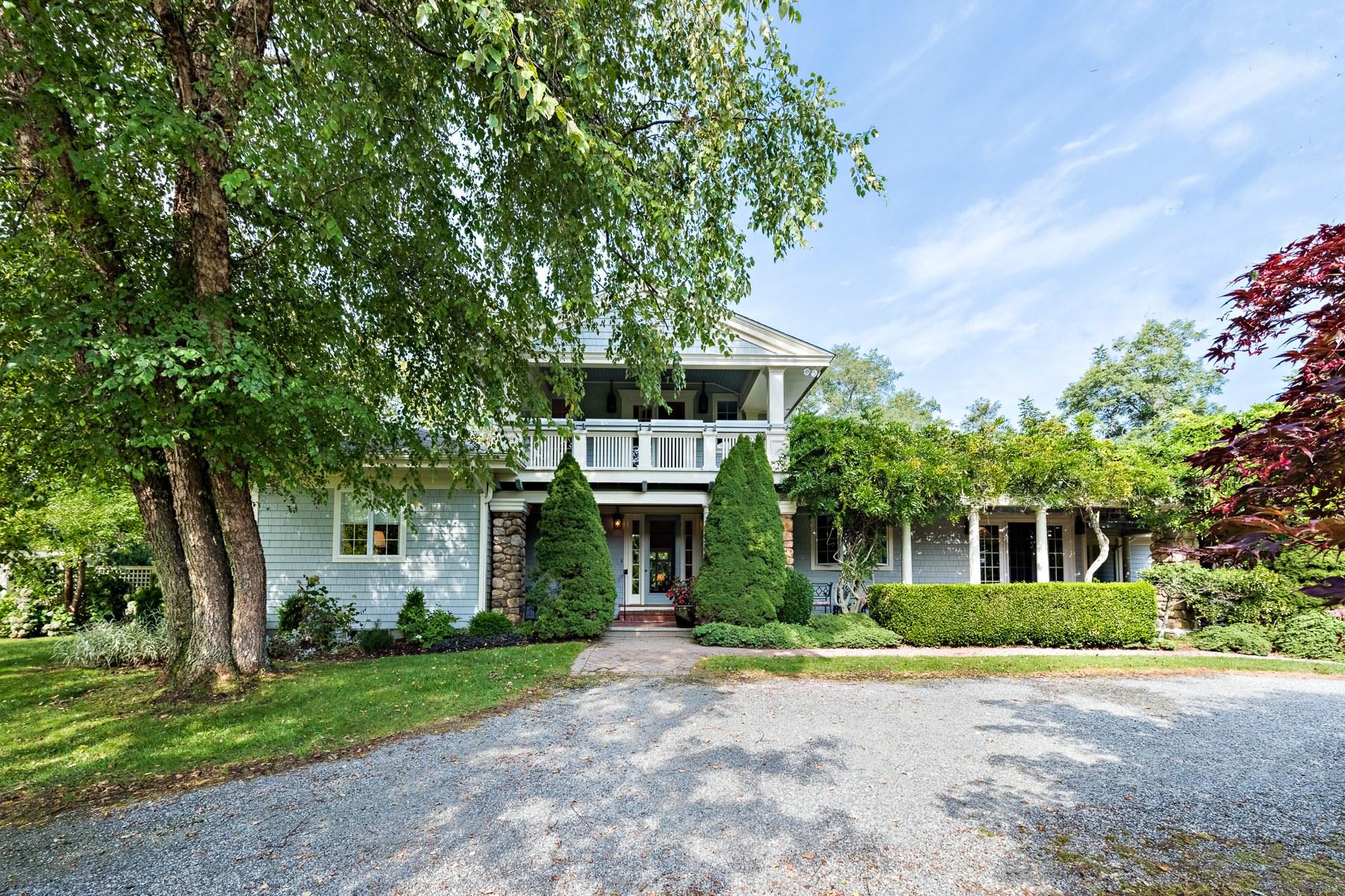 独户住宅 为 销售 在 11 West Ridge Rd, Westerly, RI 韦斯特利, 罗得岛, 02813 美国