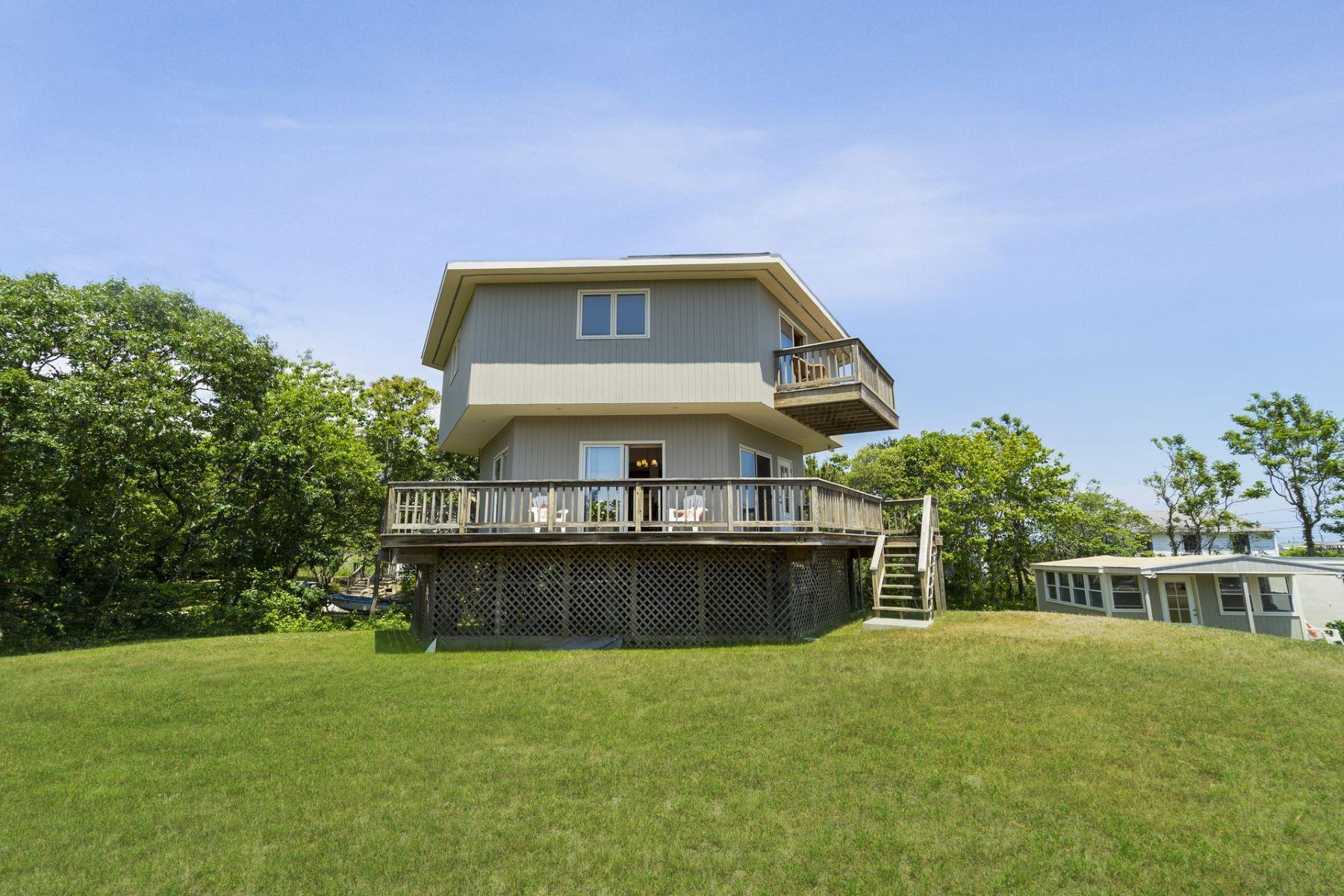 Single Family Homes 为 销售 在 78 John Reed Road, Westport, MA 78 John Reed Road Westport, 马萨诸塞州 02790 美国
