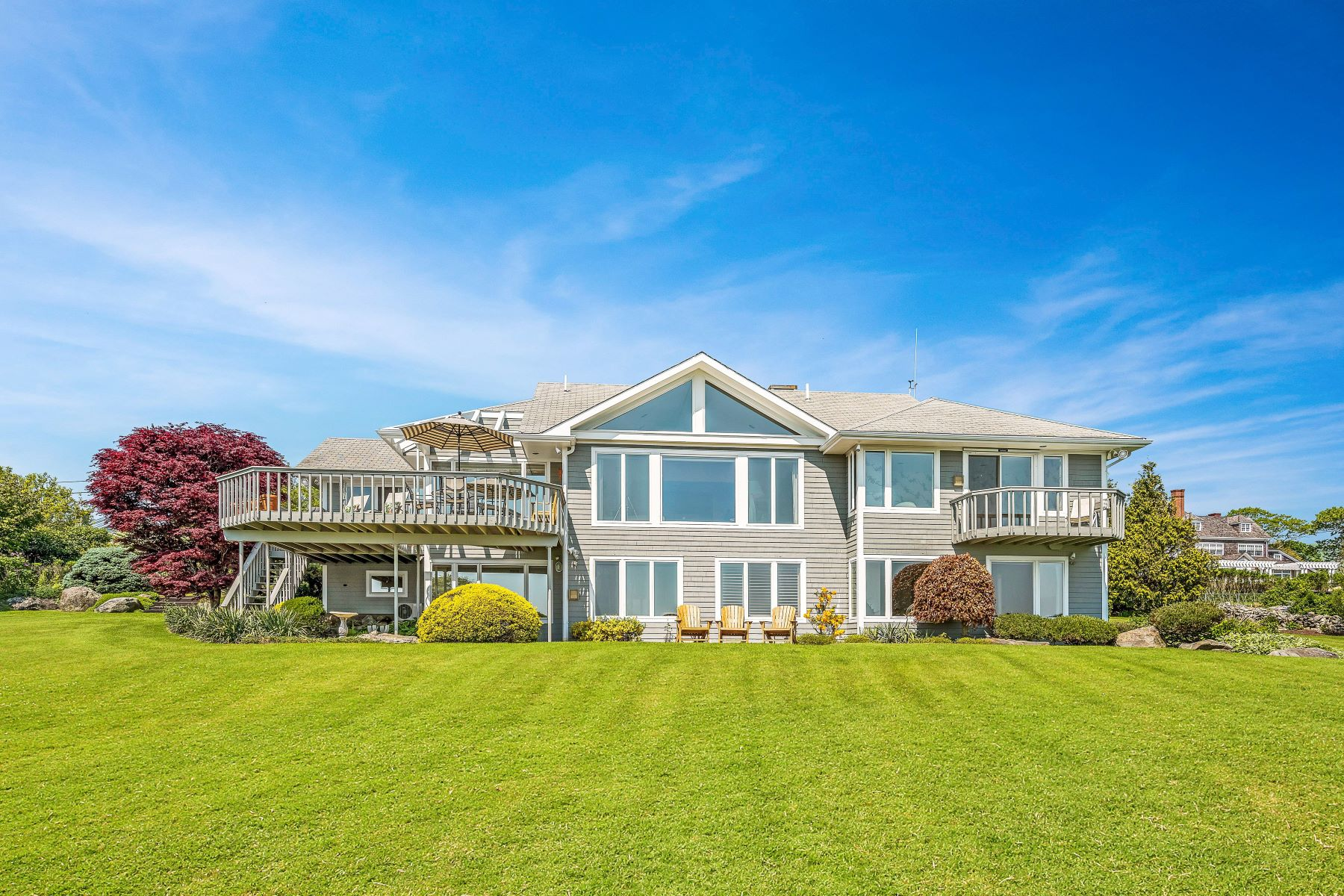 Single Family Homes for Sale at 60 North Cliff Dr., Narragansett, RI 60 North Cliff Dr. Narragansett, Rhode Island 02882 United States