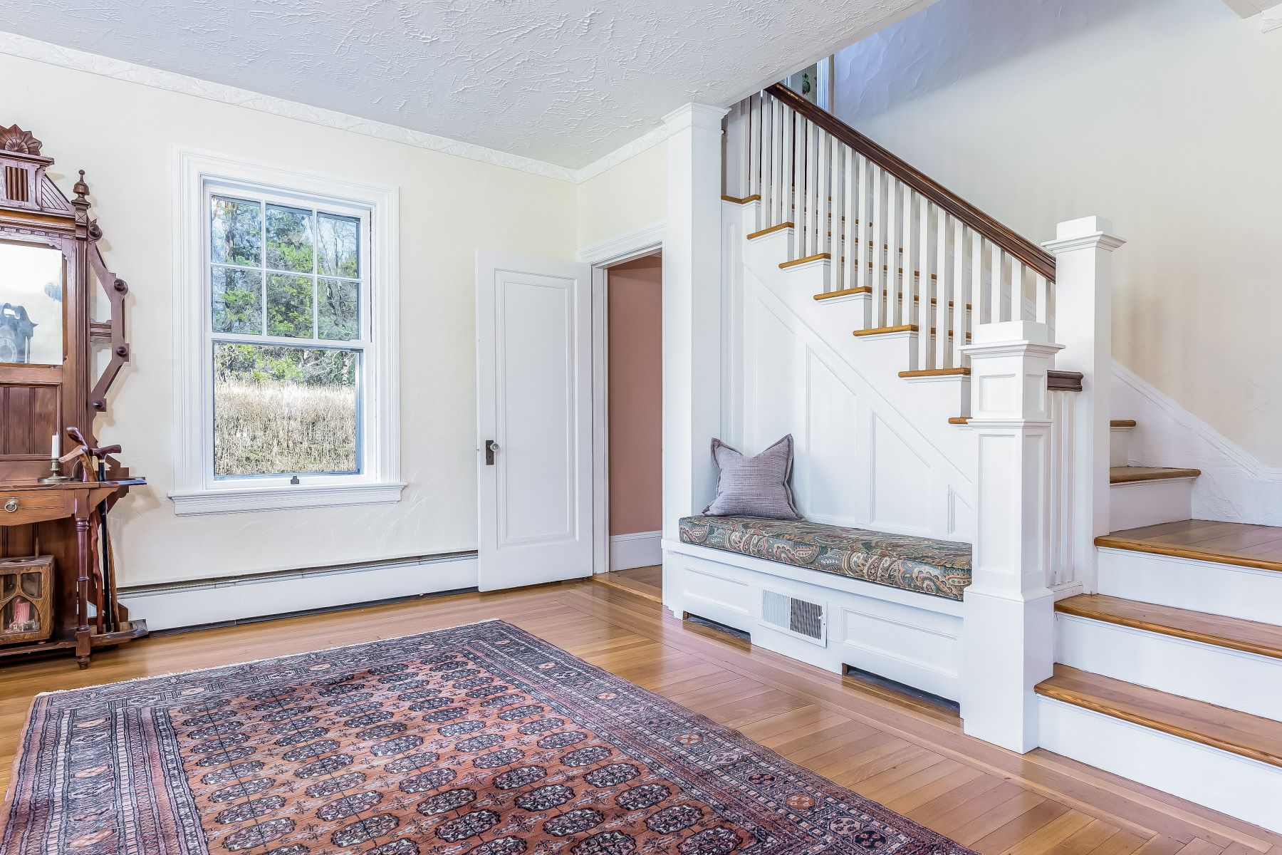 Single Family Homes για την Πώληση στο 54 Kirby Av., Warwick, RI Warwick, Ροουντ Αϊλαντ 02889 Ηνωμένες Πολιτείες