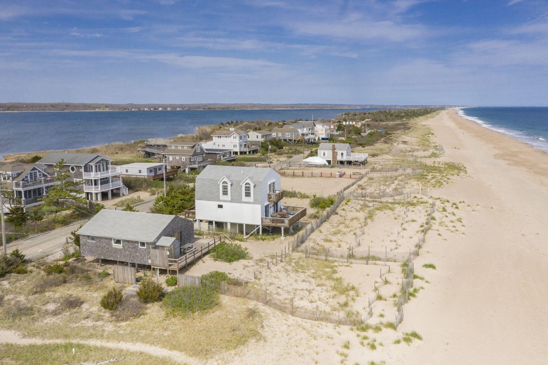 single family homes voor Verkoop op 491 East Beach Rd, Charlestown, RI Charlestown, Rhode Island 02813 Verenigde Staten