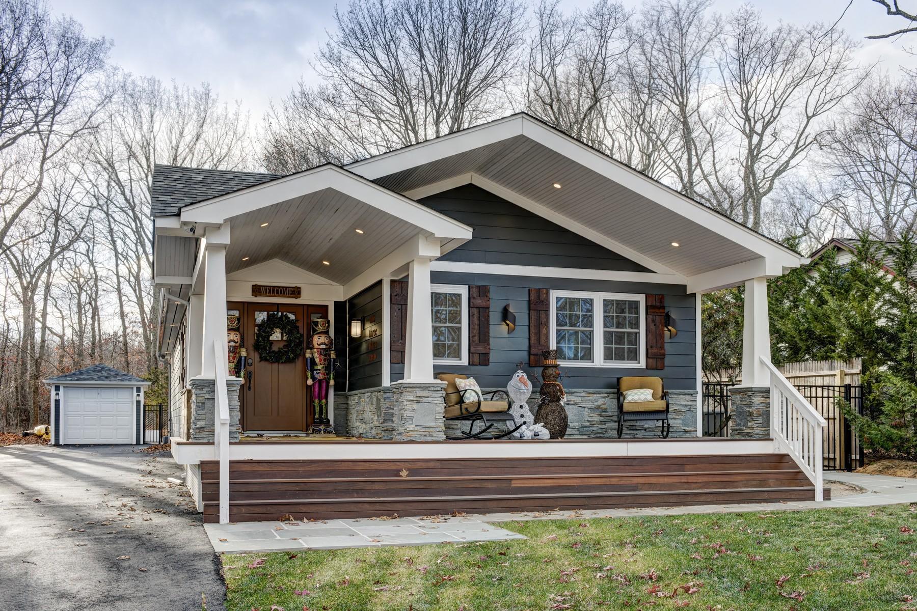 Nhà ở một gia đình vì Bán tại Cottage 1330 Sigsbee Rd Mattituck, New York, 11952 Hoa Kỳ