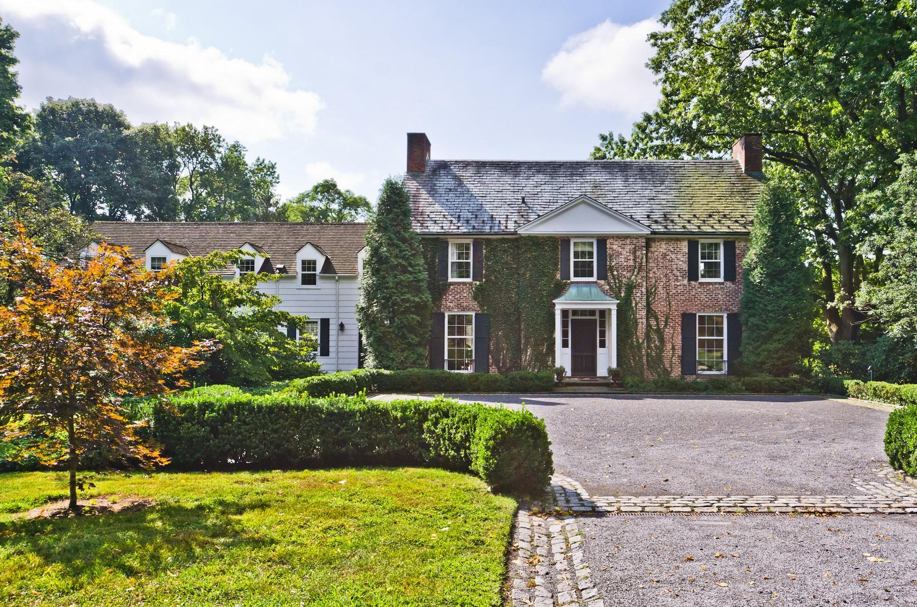 Villa per Vendita alle ore Colonial 201 Centre Island Rd Oyster Bay, New York, 11771 Stati Uniti