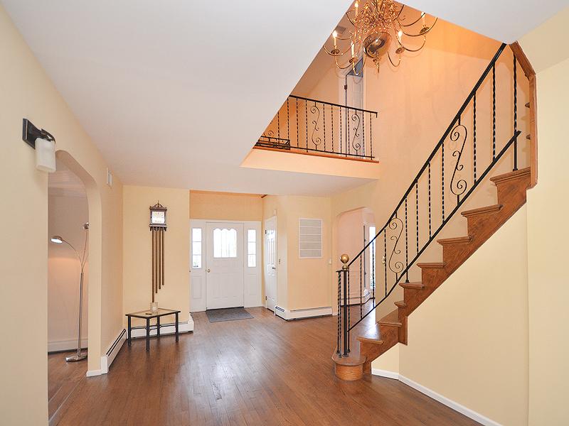 独户住宅 为 销售 在 Colonial 35 Wellington Rd Matinecock, 纽约州, 11560 美国