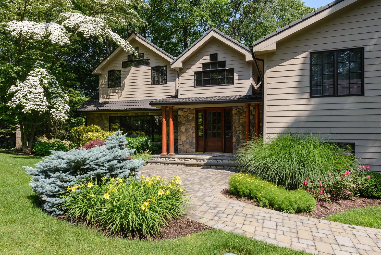 独户住宅 为 销售 在 Post Modern 9 The Pines 罗斯林, 纽约州, 11576 美国