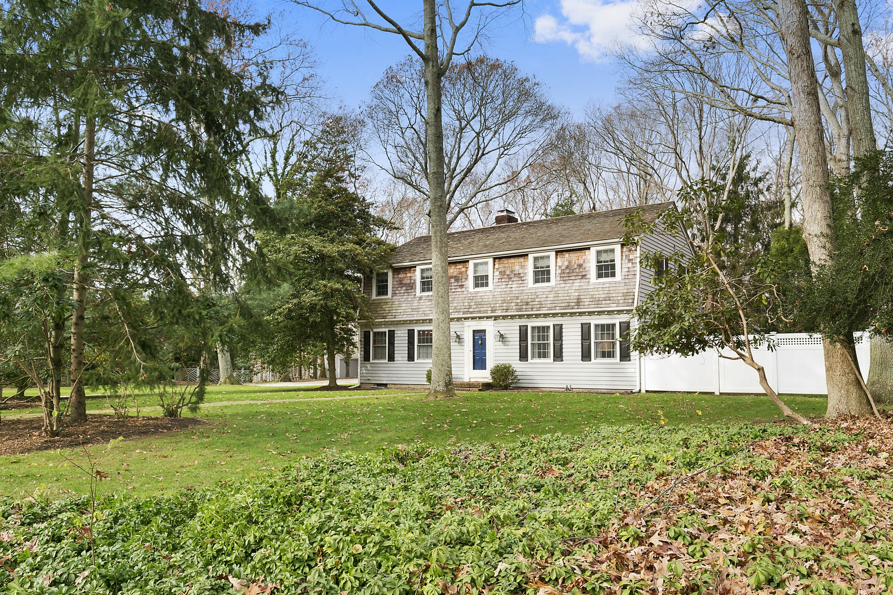 Tek Ailelik Ev için Satış at Colonial 255 Lupen Dr Cutchogue, New York, 11935 Amerika Birleşik Devletleri