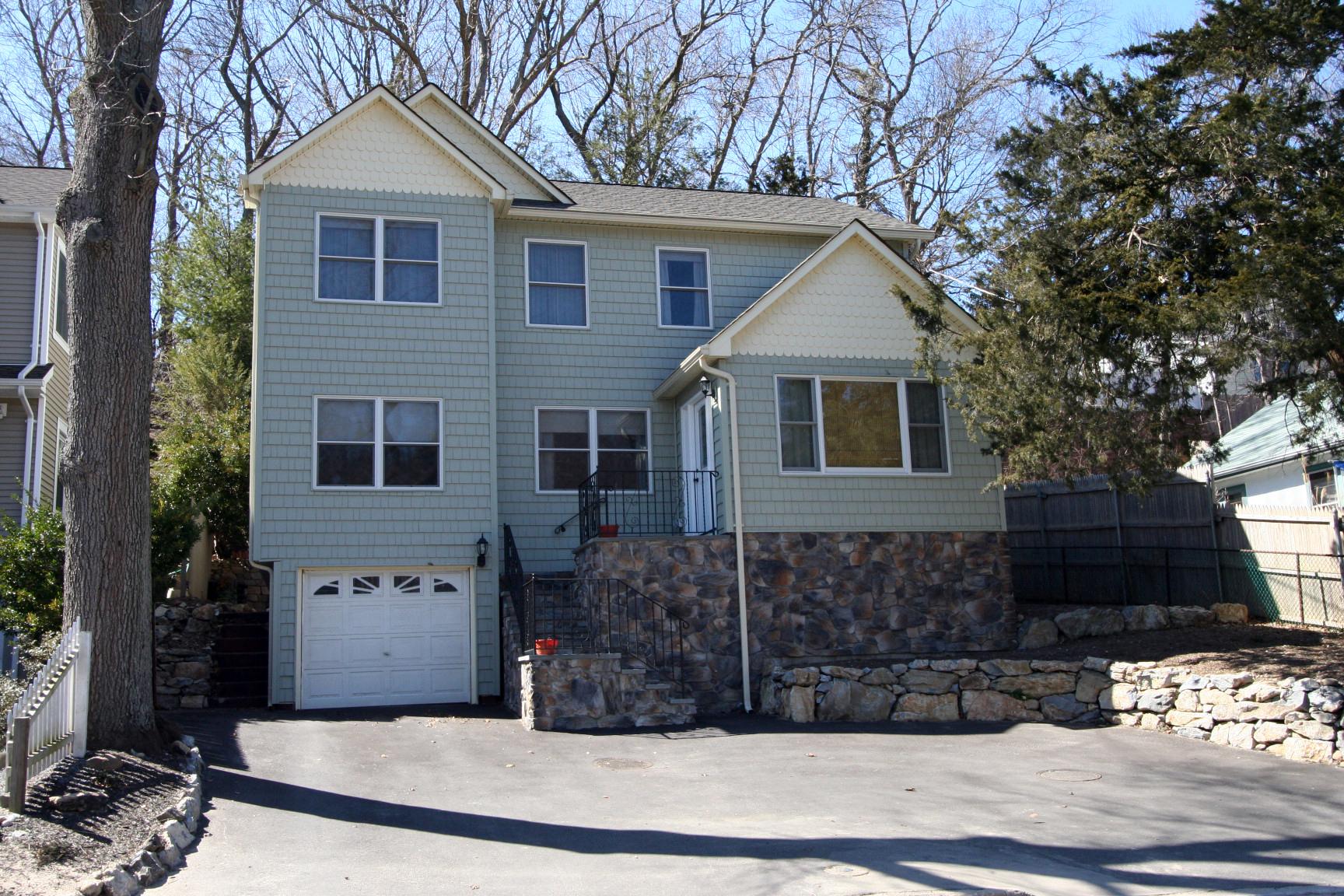 獨棟家庭住宅 為 出售 在 Colonial 77 Waterside Ave Northport, 紐約州, 11768 美國