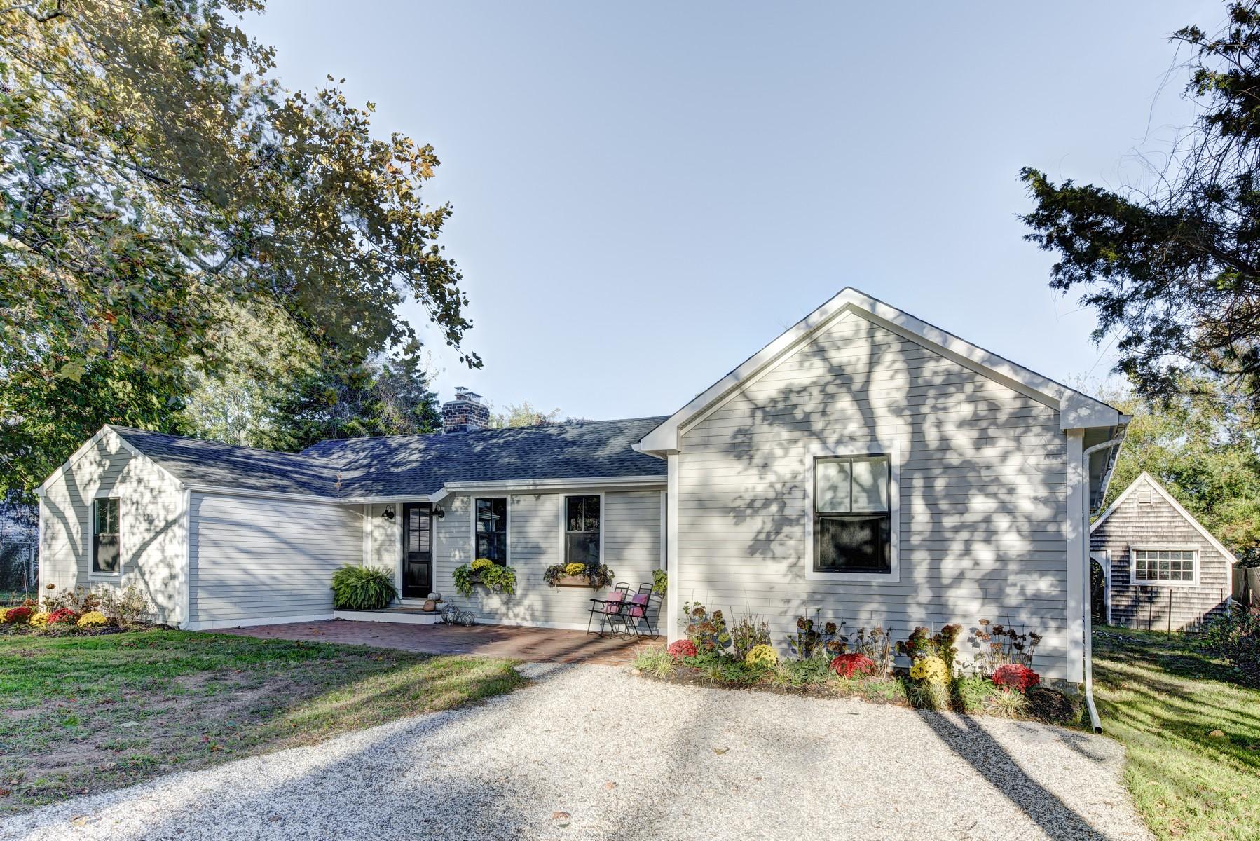 단독 가정 주택 용 매매 에 Ranch 750 Three Waters Ln Orient, 뉴욕, 11957 미국