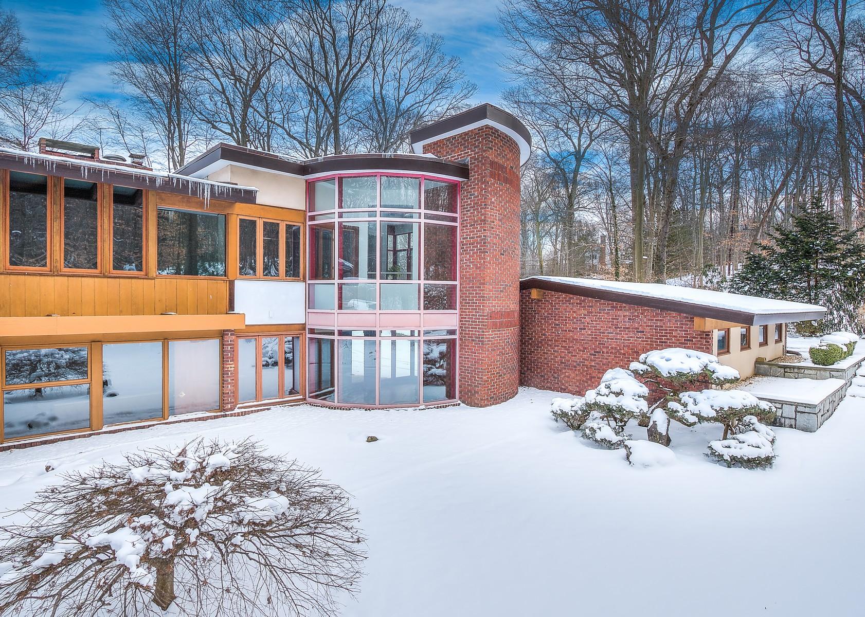 独户住宅 为 销售 在 Other 31 The Glen Matinecock, 纽约州, 11560 美国