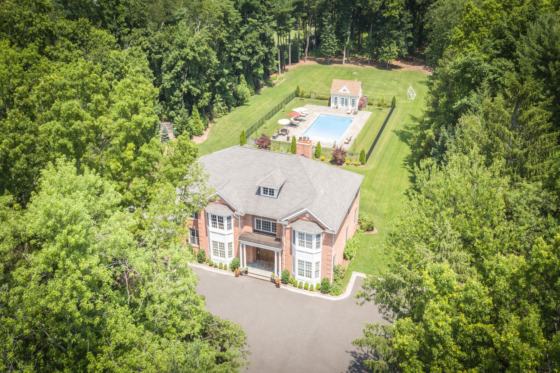 Single Family Home for Sale at Colonial 92 Mccouns Ln Old Brookville, New York, 11545 United States