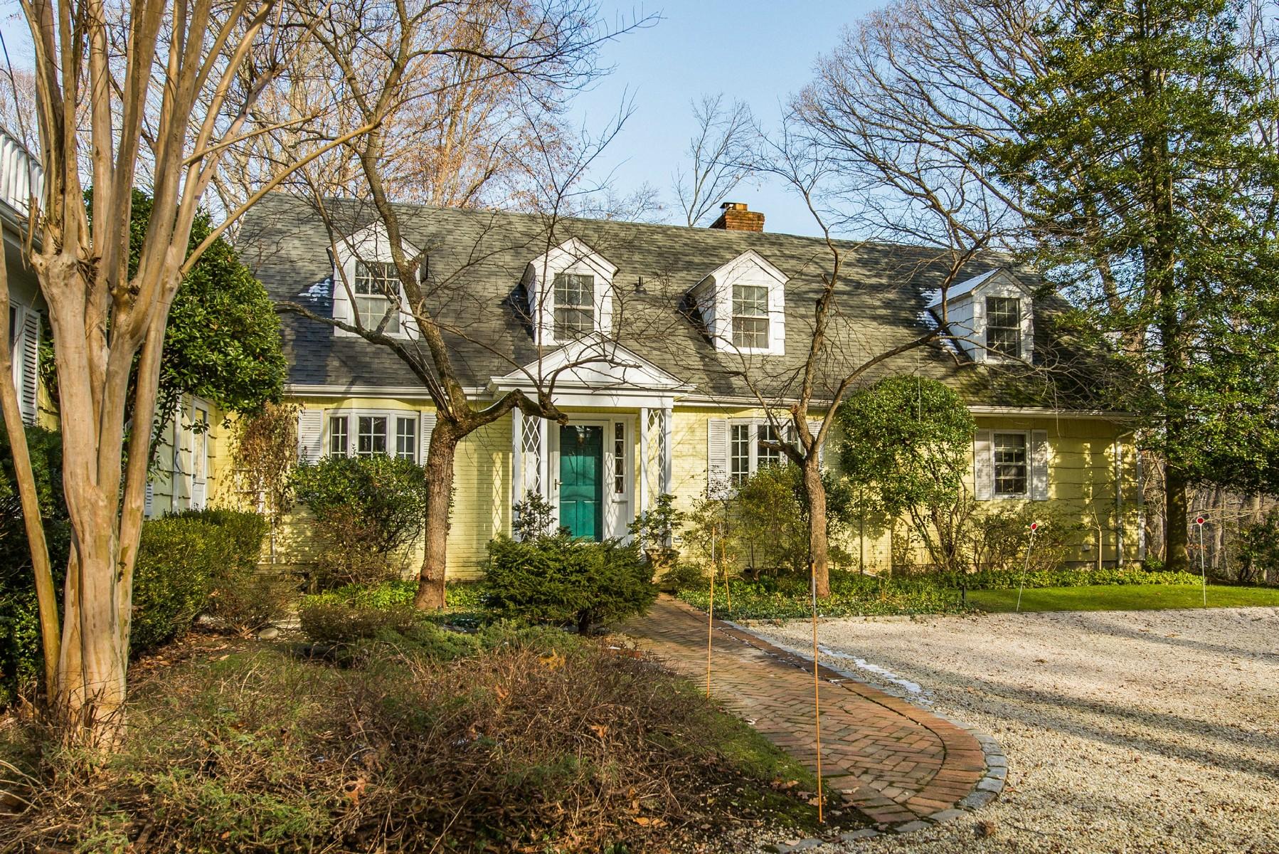 独户住宅 为 销售 在 Farm Ranch 358 Ridge Ln Mill Neck, 纽约州, 11765 美国