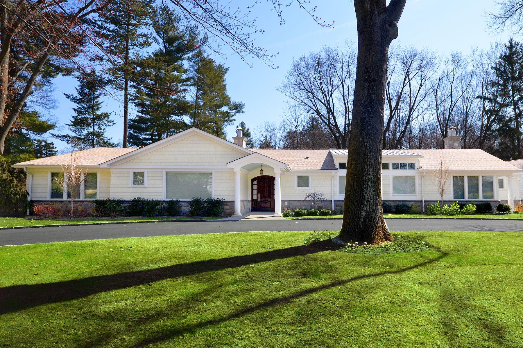 Casa para uma família para Venda às Ranch 10 Woodland Dr Sands Point, Nova York, 11050 Estados Unidos