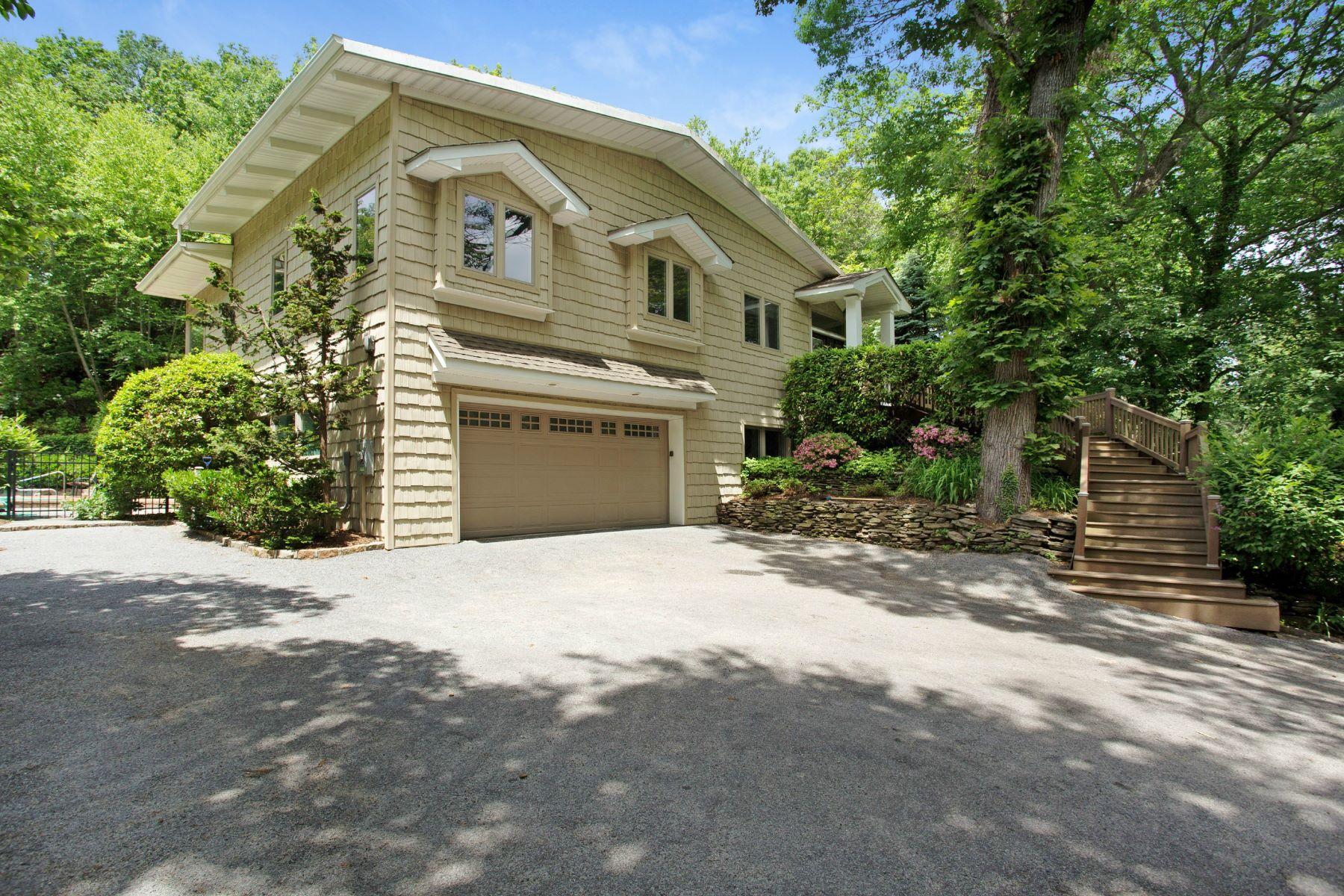 Villa per Vendita alle ore Exp Ranch 1524 Laurel Hollow Rd Laurel Hollow, New York, 11791 Stati Uniti