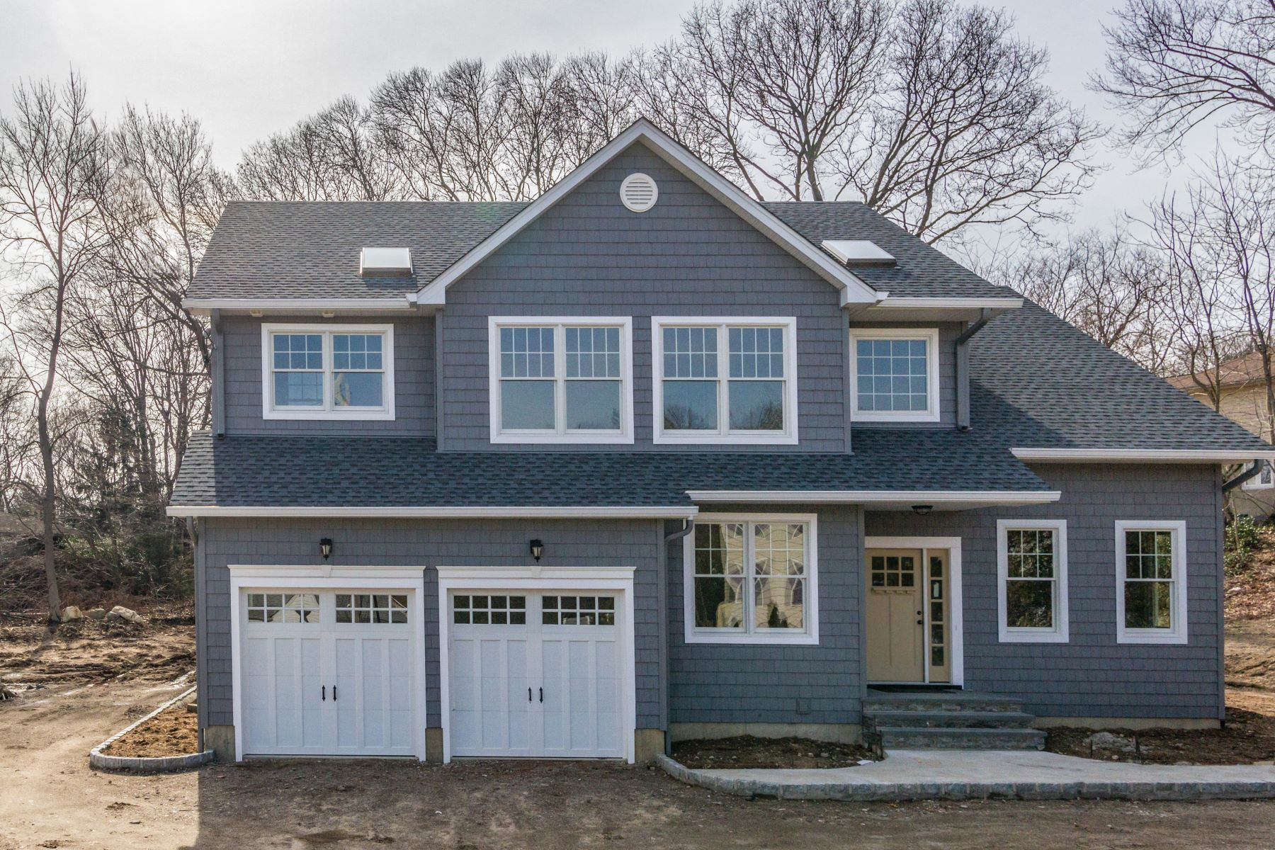 Villa per Vendita alle ore Colonial 11 Vale Dr Huntington, New York, 11743 Stati Uniti