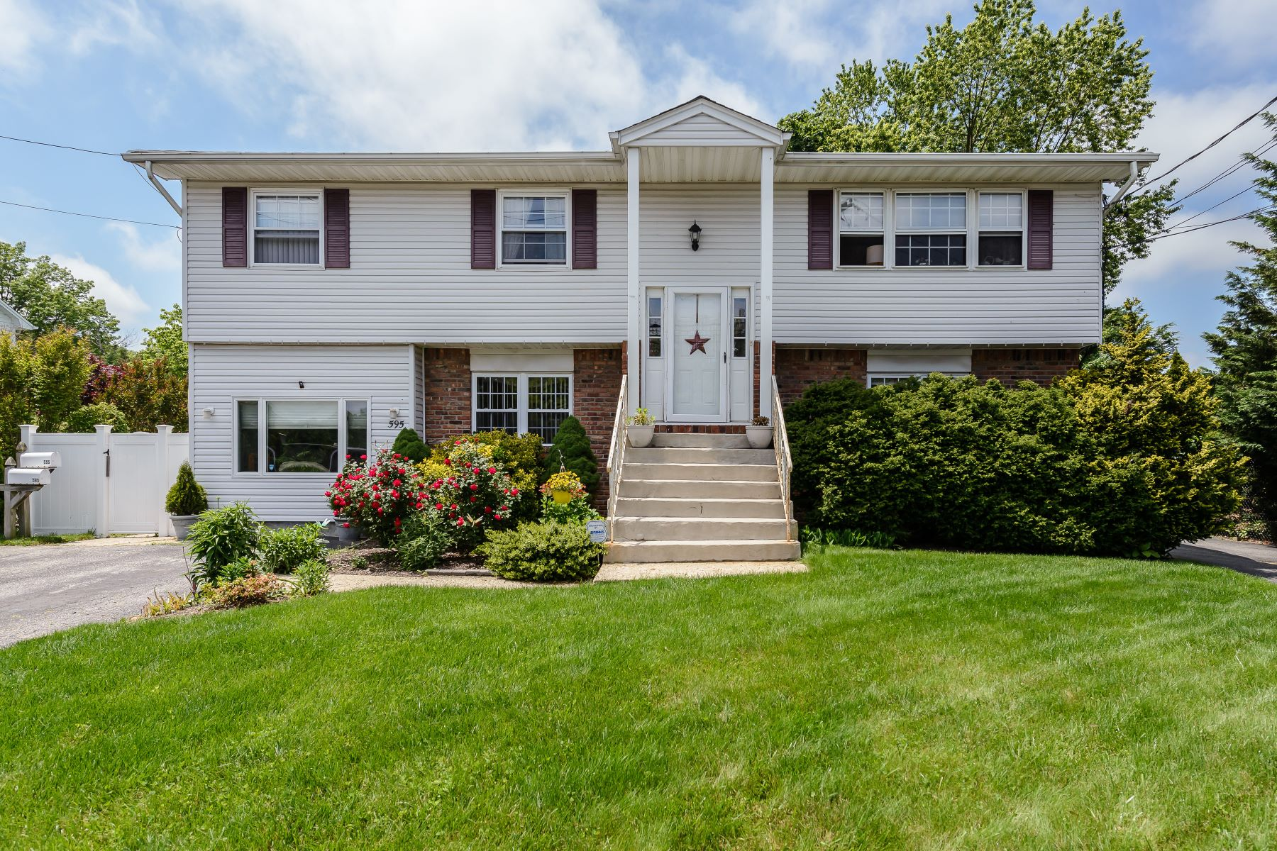 Multi-Family Home for Sale at Hi Ranch 595 Broadway Bethpage, New York, 11714 United States