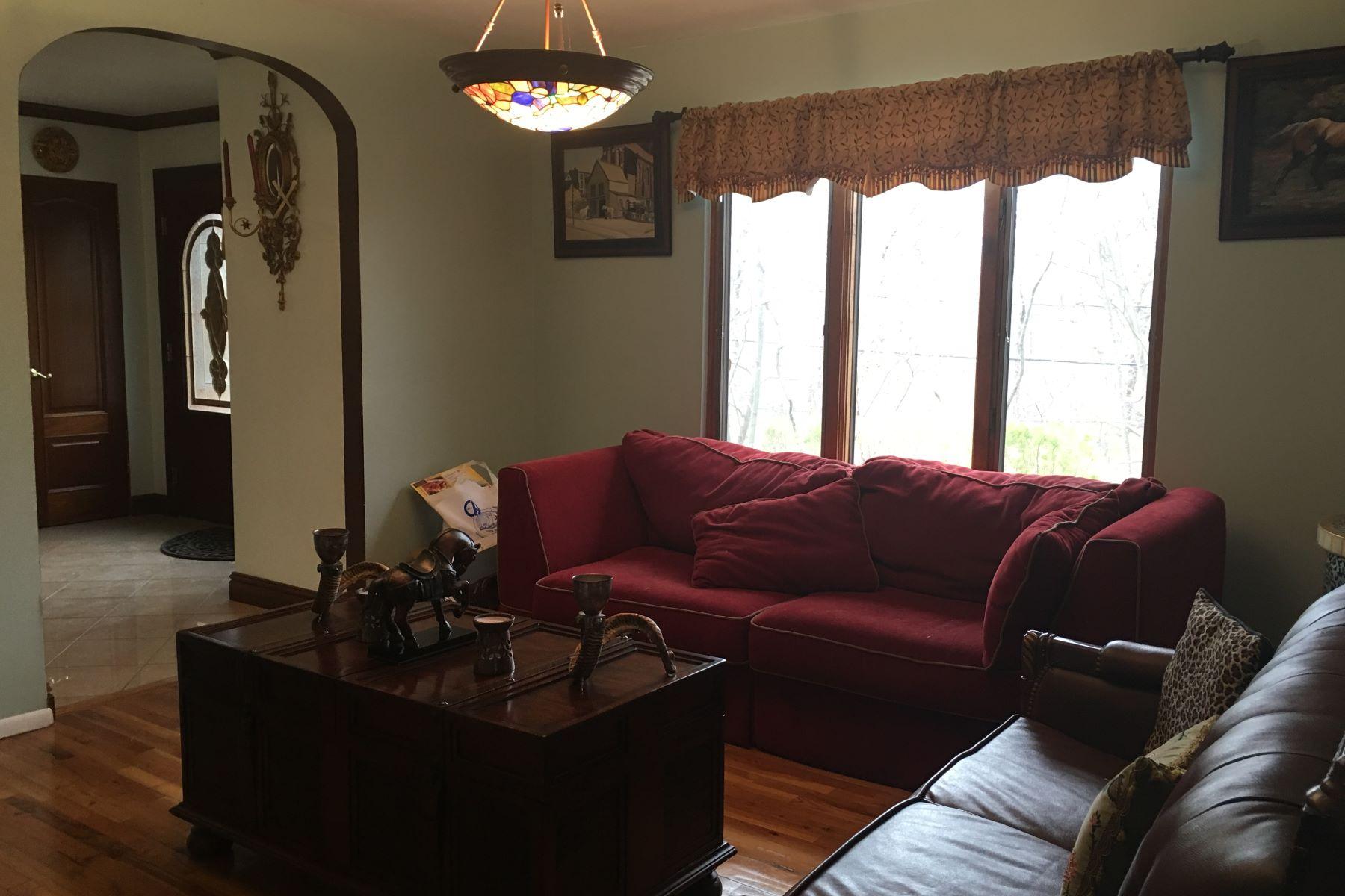 獨棟家庭住宅 為 出售 在 Colonial 189 Beverly Rd Huntington Station, 紐約州, 11746 美國