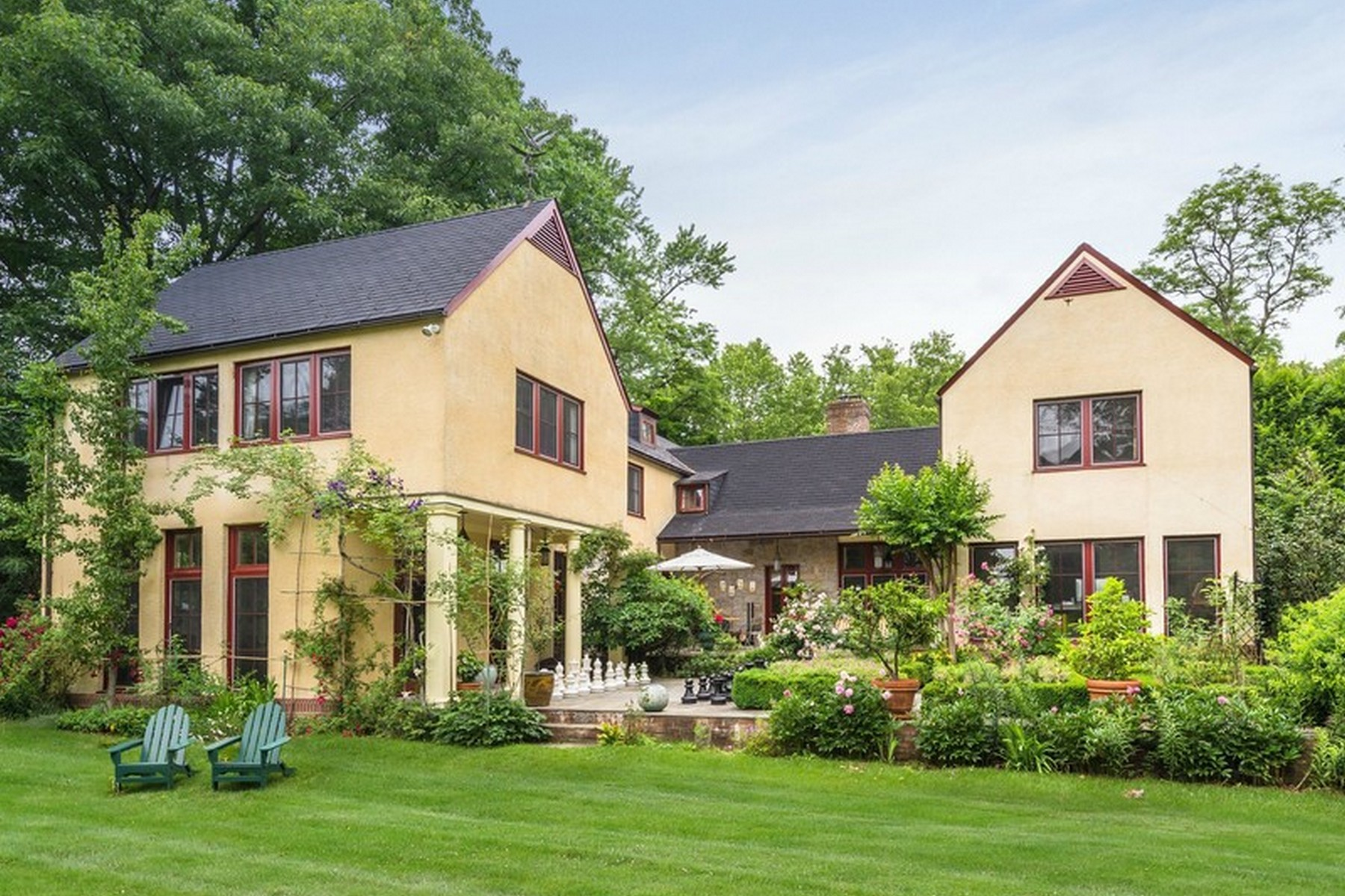 Single Family Home for Sale at Estate 250 Scudders Ln Roslyn Harbor, New York, 11576 United States