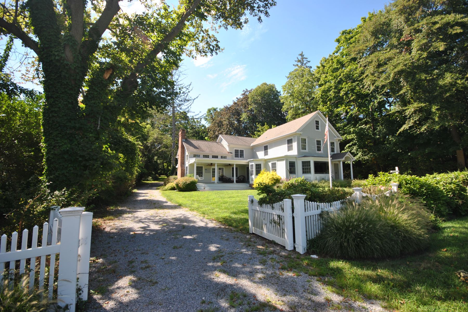Single Family Home for Sale at 96 Old Field Rd 96 Old Field Rd Old Field, New York, 11733 United States