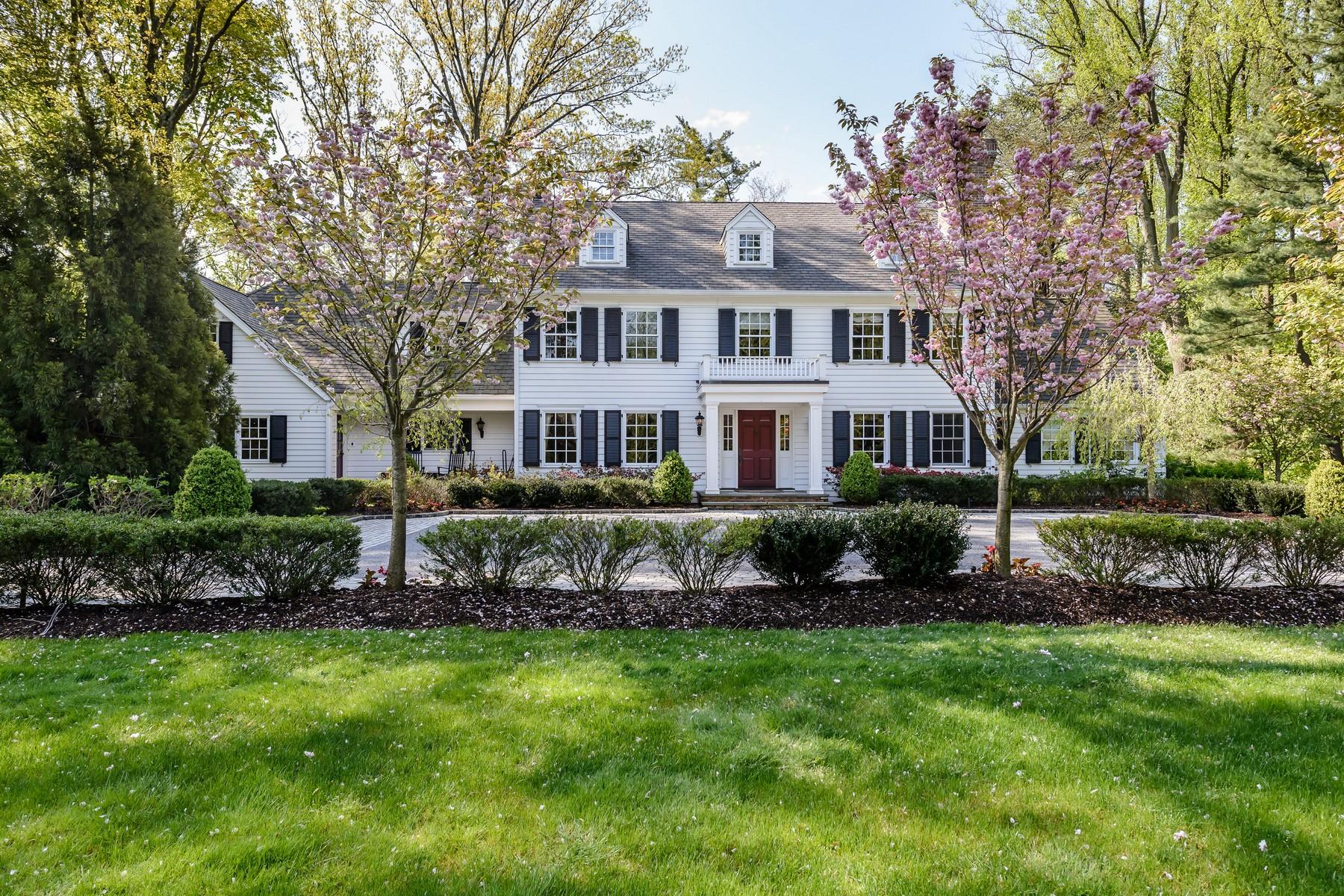 Villa per Vendita alle ore Colonial 60 Bacon Rd Old Westbury, New York, 11568 Stati Uniti
