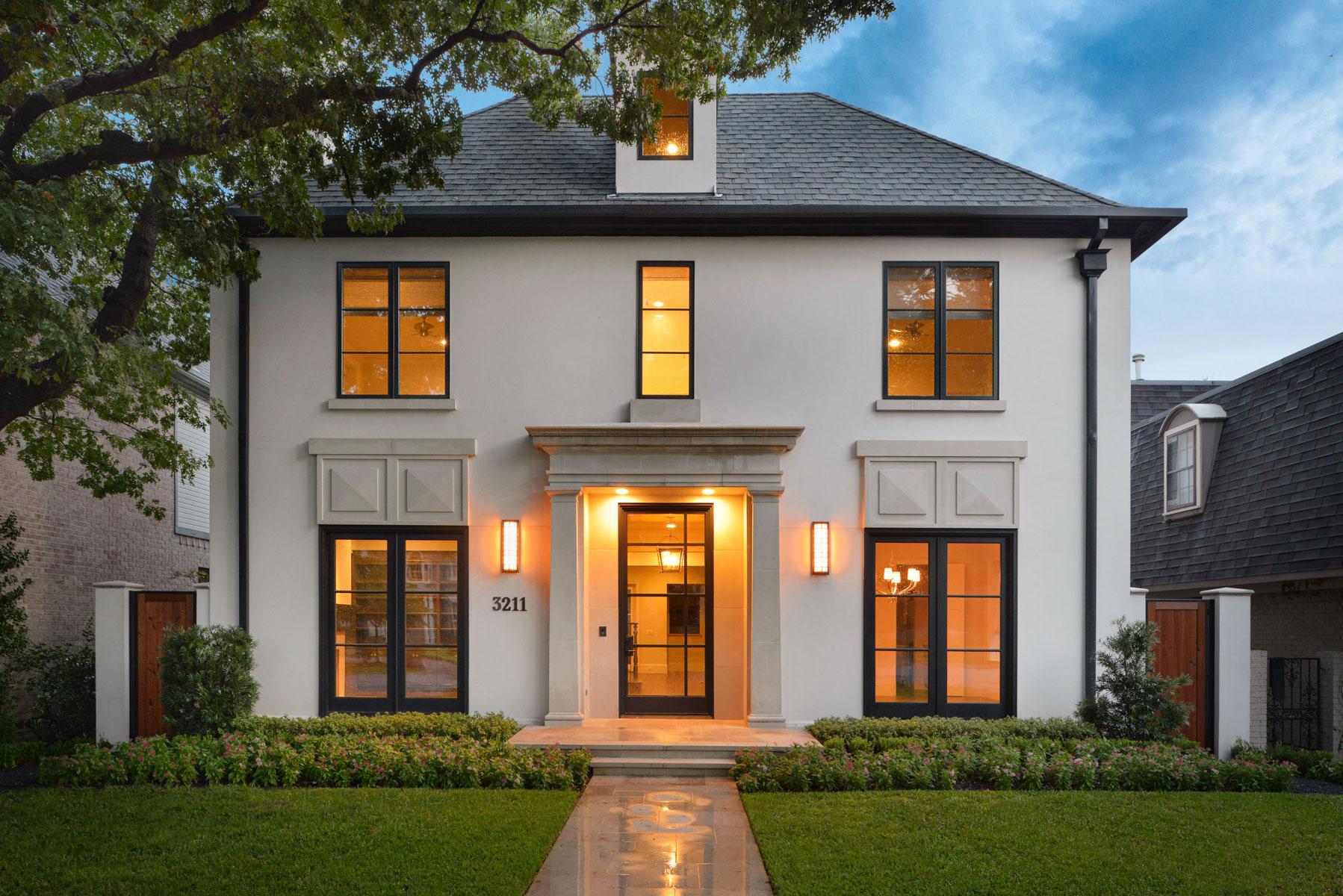 Maison unifamiliale pour l Vente à Highland Park New Construction 3211 Drexel Dallas, Texas, 75205 États-Unis